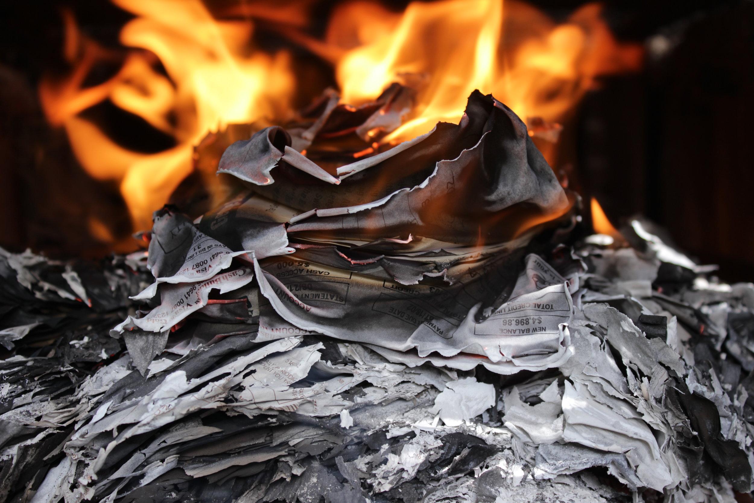 Burning My Life 3868