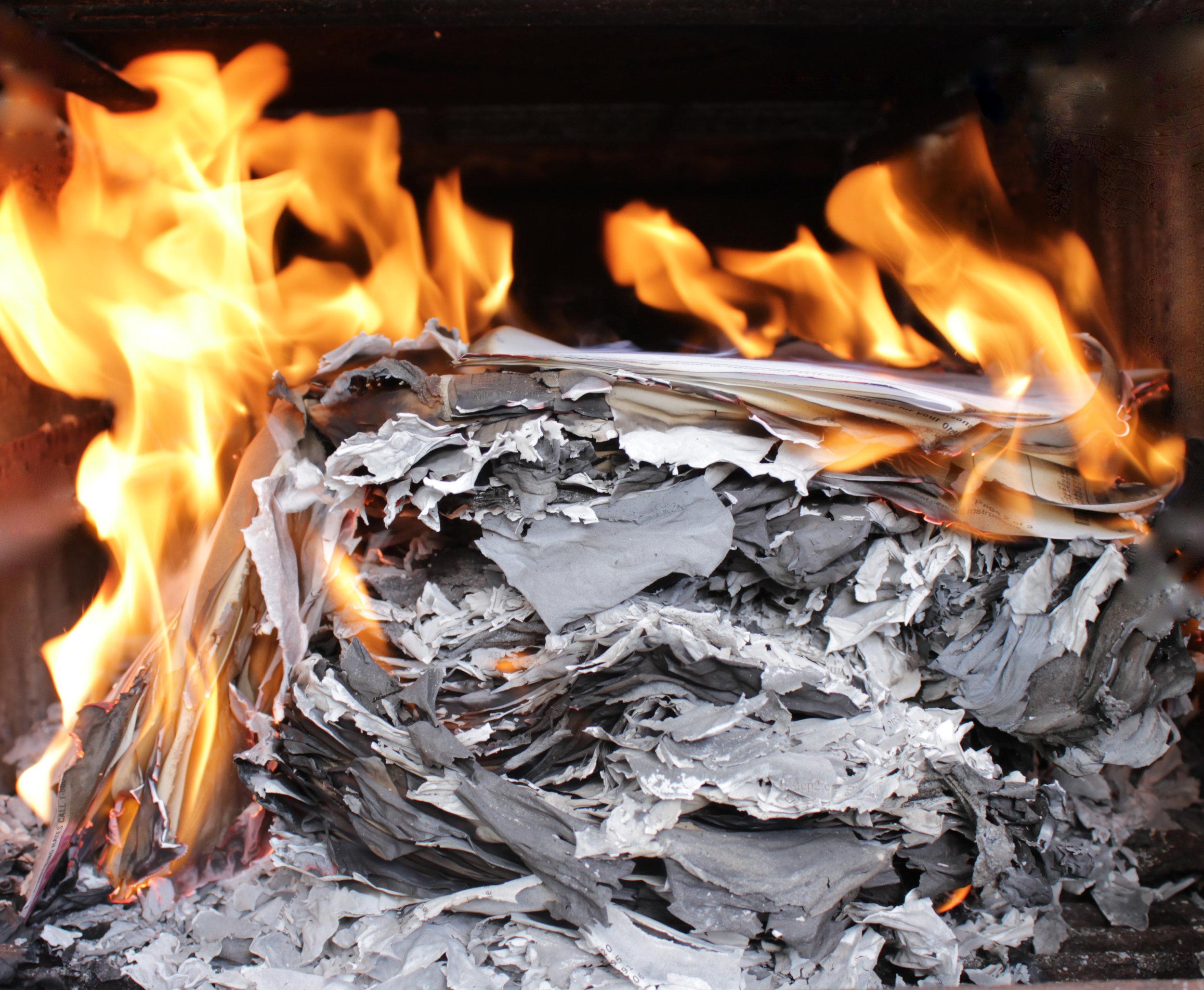 Burning My Life 3835