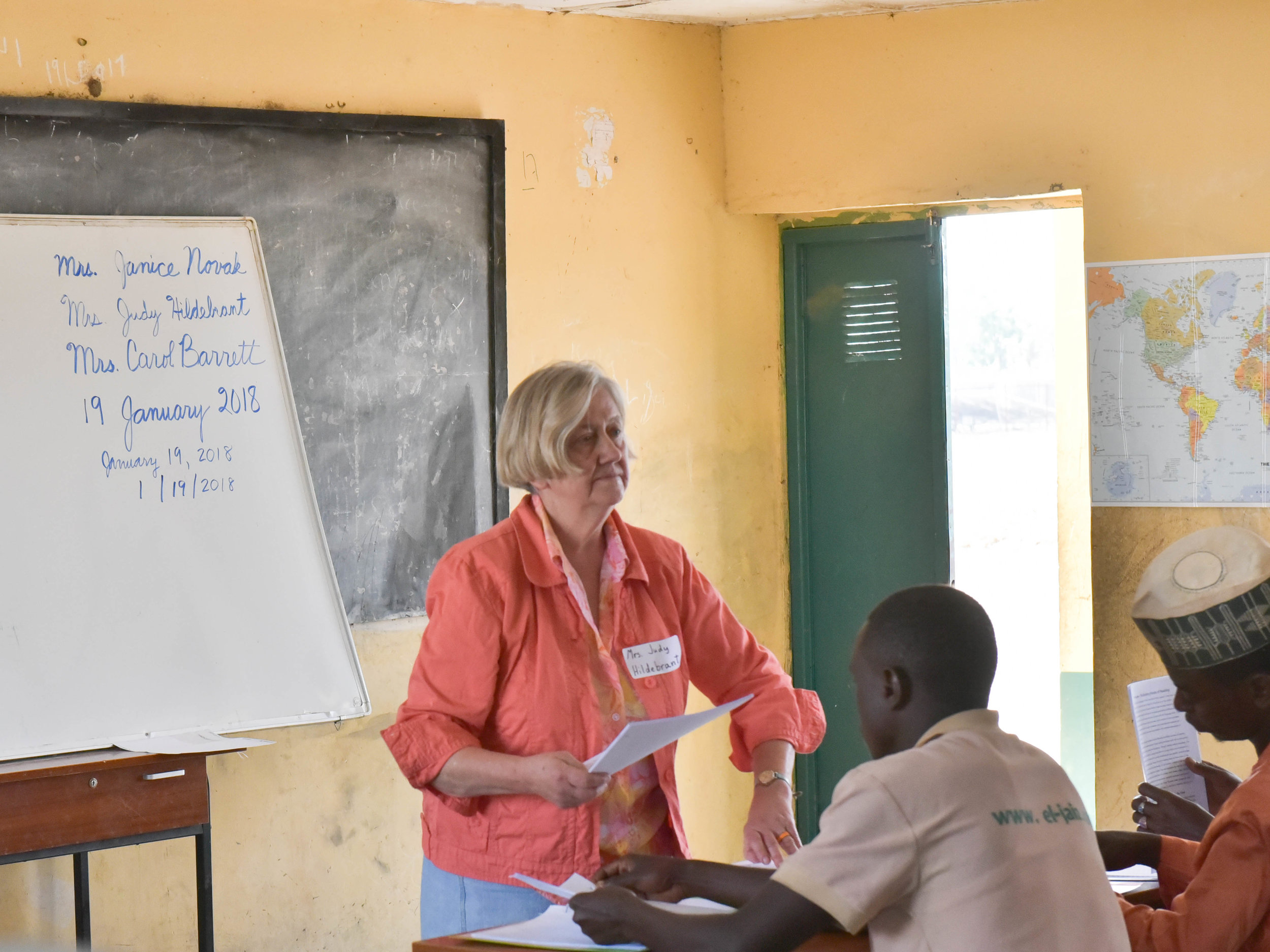 Judy teaching a reading workshop on Kachia Reserve