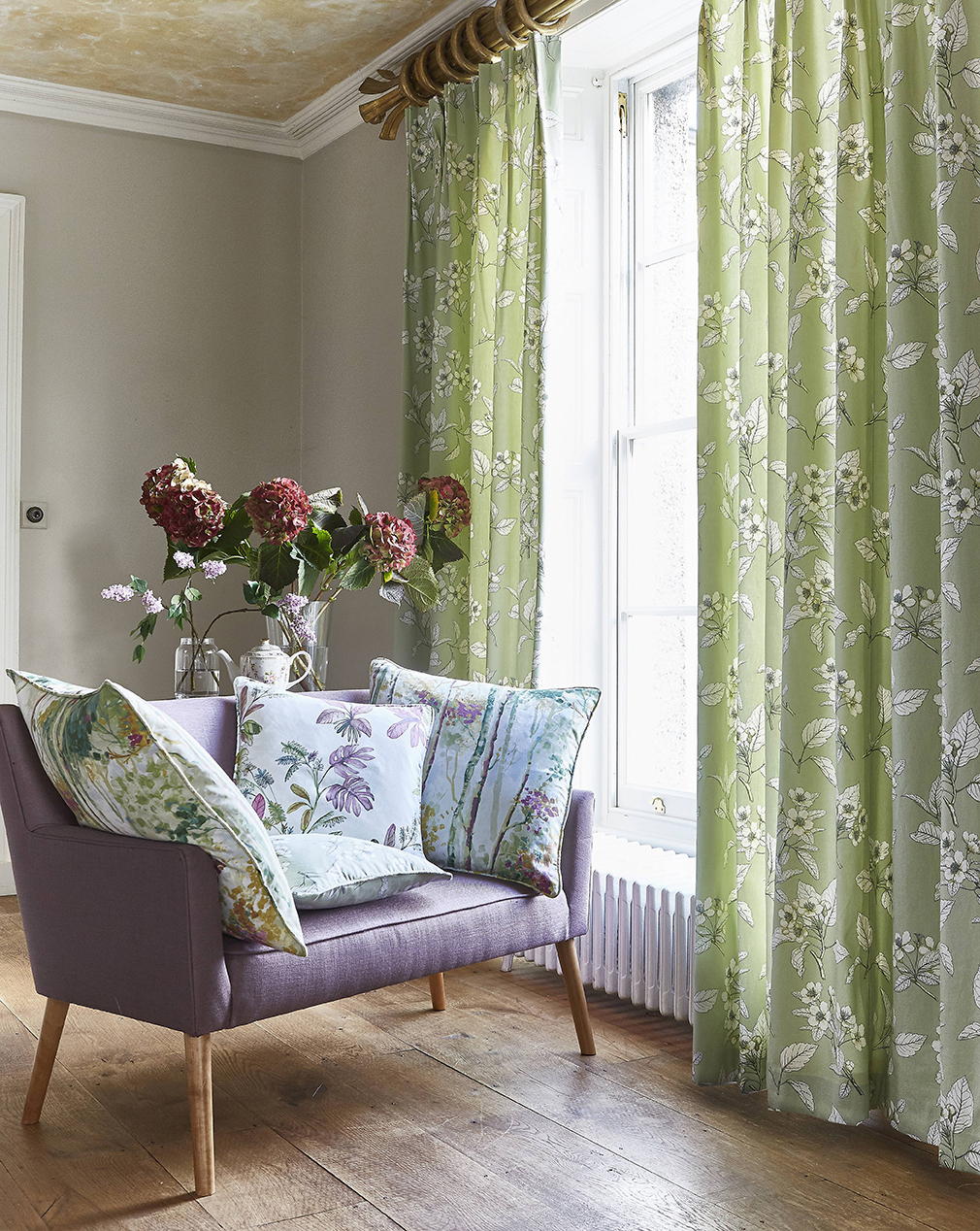 Bespoke Window Dressing And Furnishings For Homes And Business