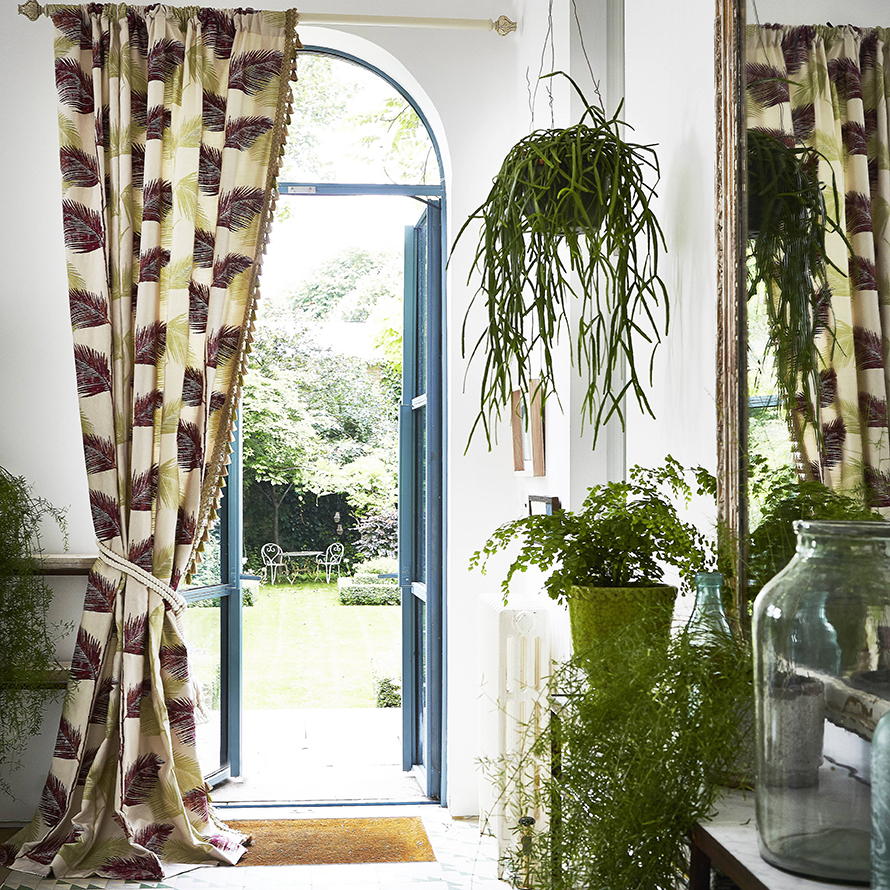 Victoria & Scarlet -  Bespoke Window Dressing And Furnishings For Homes And Business - Curtains -3.jpg