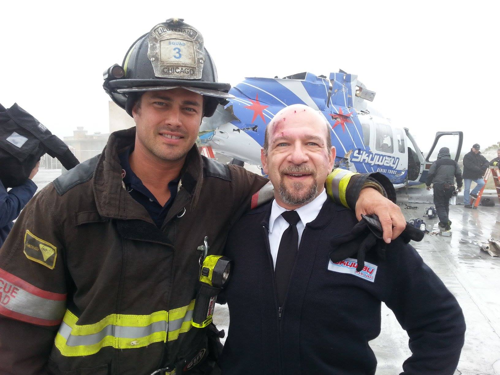 ON SET W/ TAYLOR KINNEY