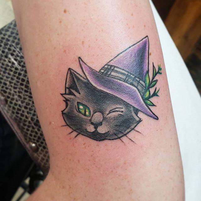 Witch cat from my flash book finally got a home!!!!! ♡♡♡ couldn't ask for better clients! #cattattoo #cattoo #witchcat #witchhat #cute #kawaii #blackcat #originalflash #original #j3minkflash #femaletattooer #chickswithtattoos #spektradirekt2 #dynamicblackink #blackclawneedles #solidink #americantattoostudios #j3minktattoos