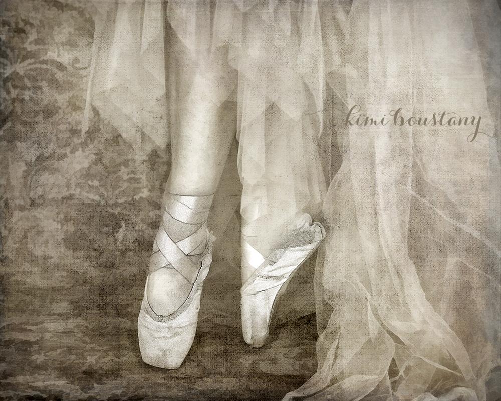 8 - Shoes 8x10 WEB.jpg
