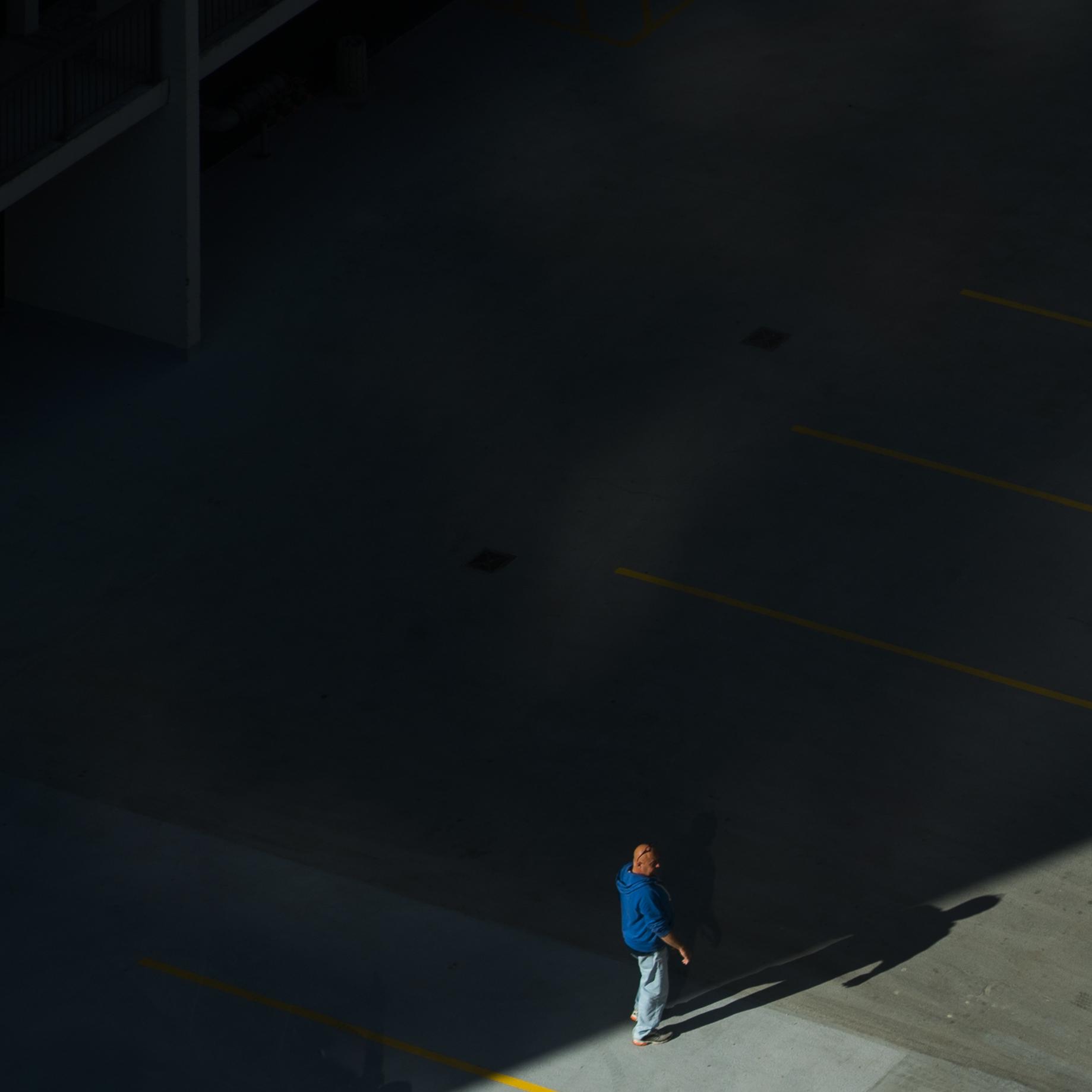 walkingman2.jpg