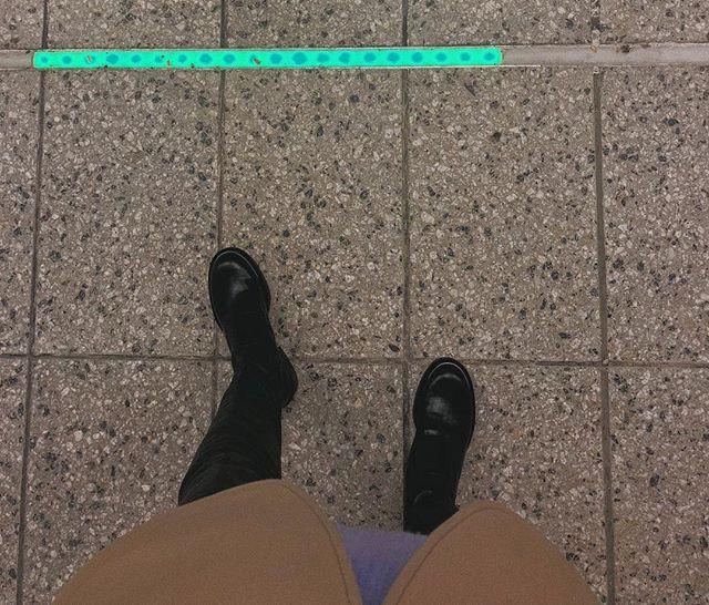 A tale of me following neon.