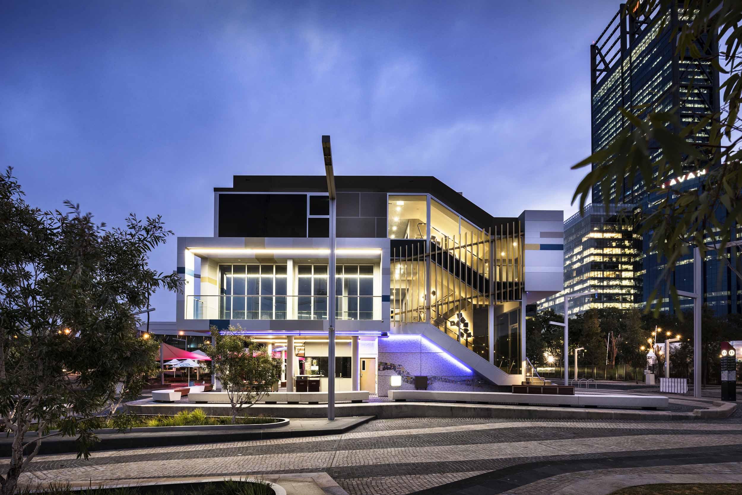 elizabeth-quay-perth-public-food-beverage-outlet-western-australia-architecture-architect-building-design-designer-building-architectural-side.jpg