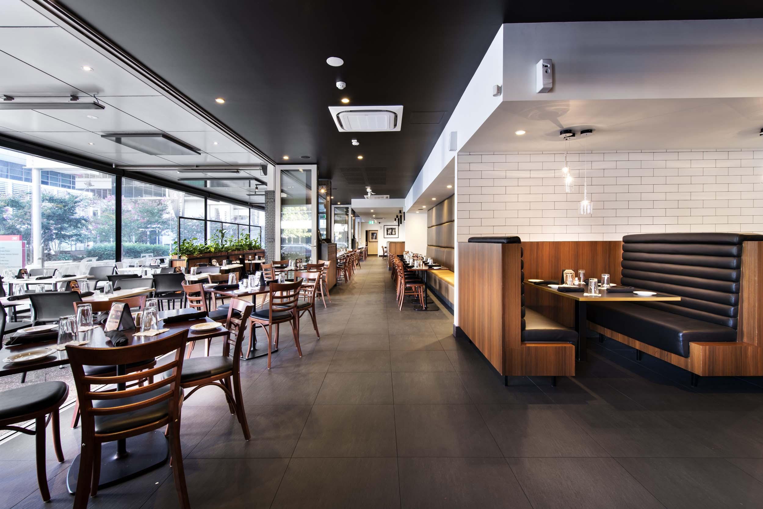 commercial-interior-tony-romas-perth-restaurant-western-australia-architecture-design-architect.jpg