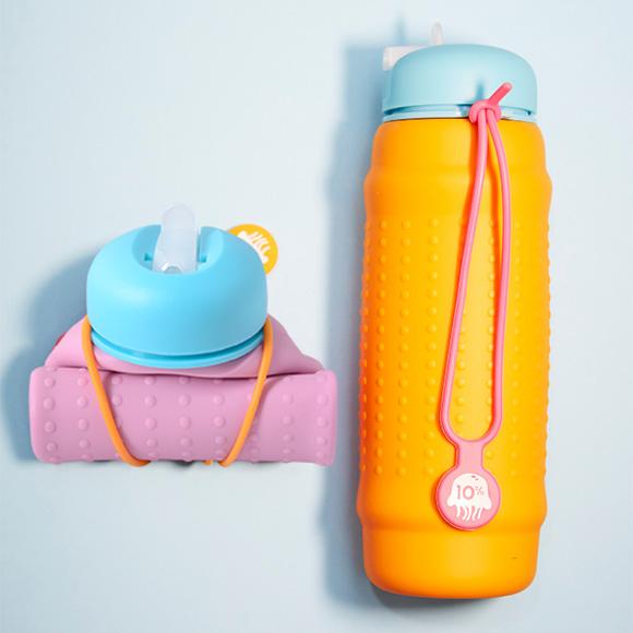 Rolla-Bottle-Pink-&-Blue-+-Mango-&-Blue---Blue-background.jpg