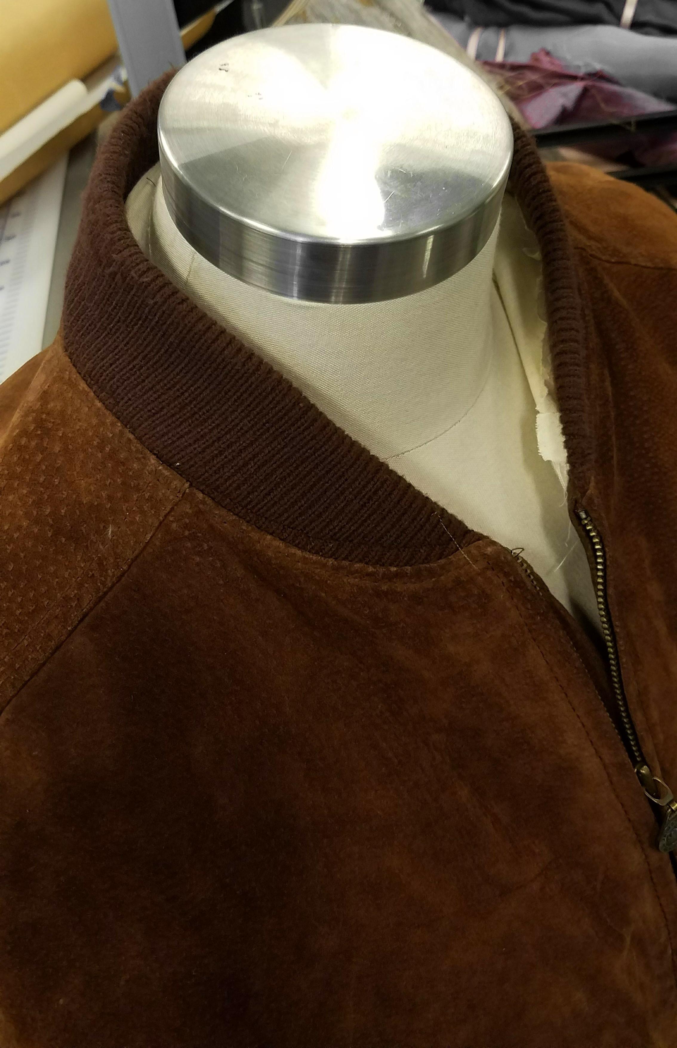 original collar.png