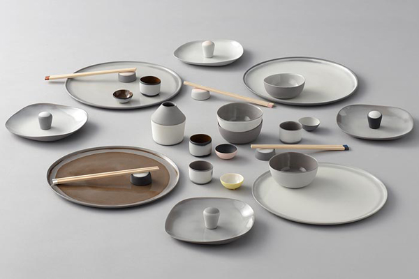 MAA JA LUMI – SOIL AND SNOW – Tableware 2014                                                                            Bronze award, INTERNATIONAL CERAMICS COMPETITION '14 MINO Japan
