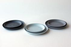 Linum saucer small Ø 8,5cm and medium Ø 10cm, 2000