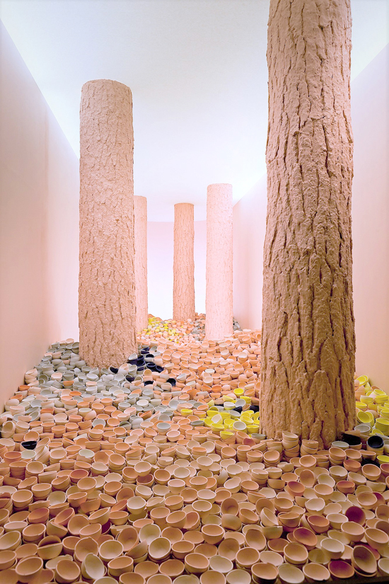 6 SCENES OF BEAUTY / UNTITLED 2012    (W200 D570 H310 cm) Pine tree, stained porcelain, wood material, fabric, electric components for lighting /Photo by Sakari Manninen