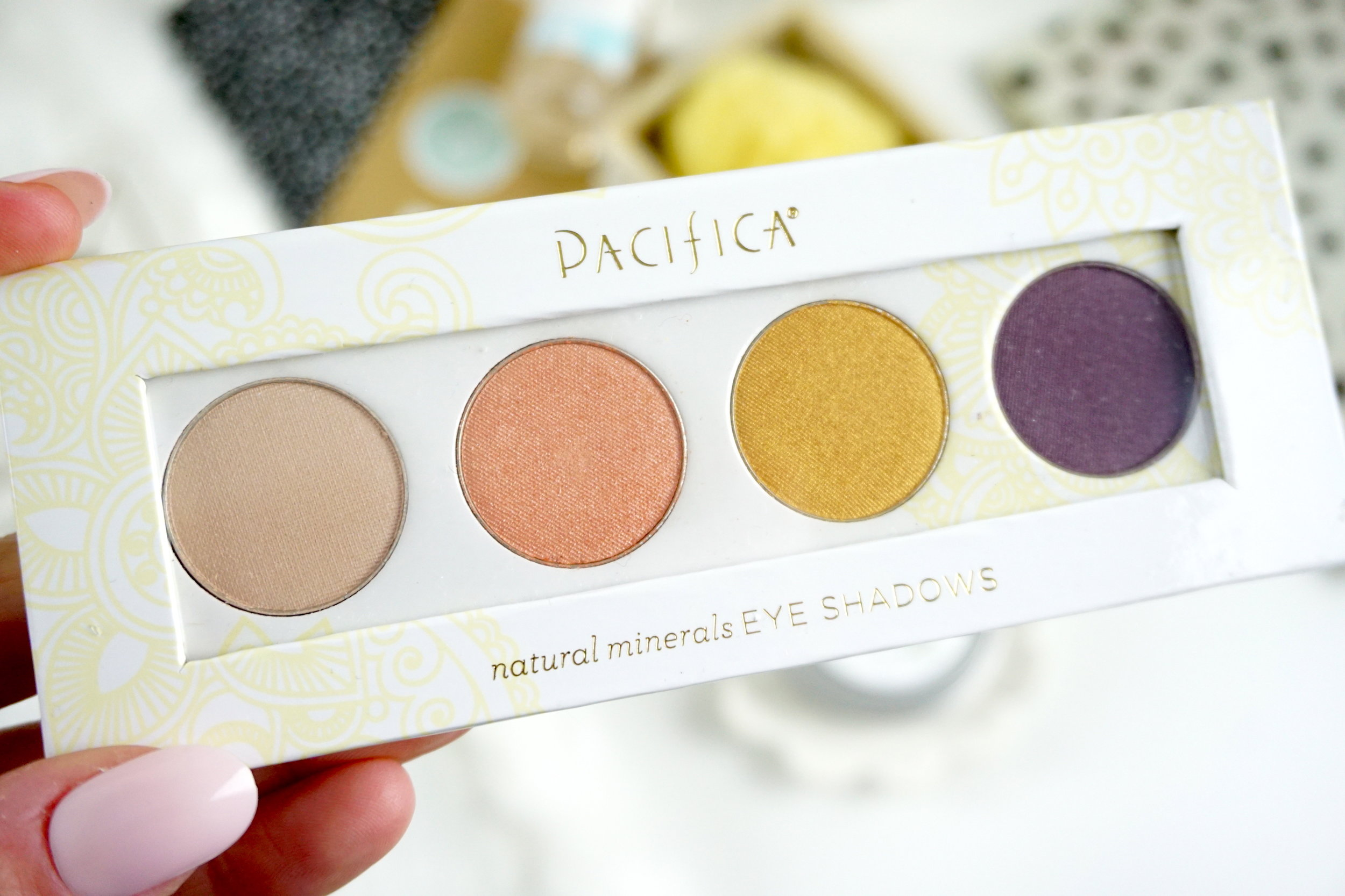 Pacifica Natural Eye Shadow Palette -