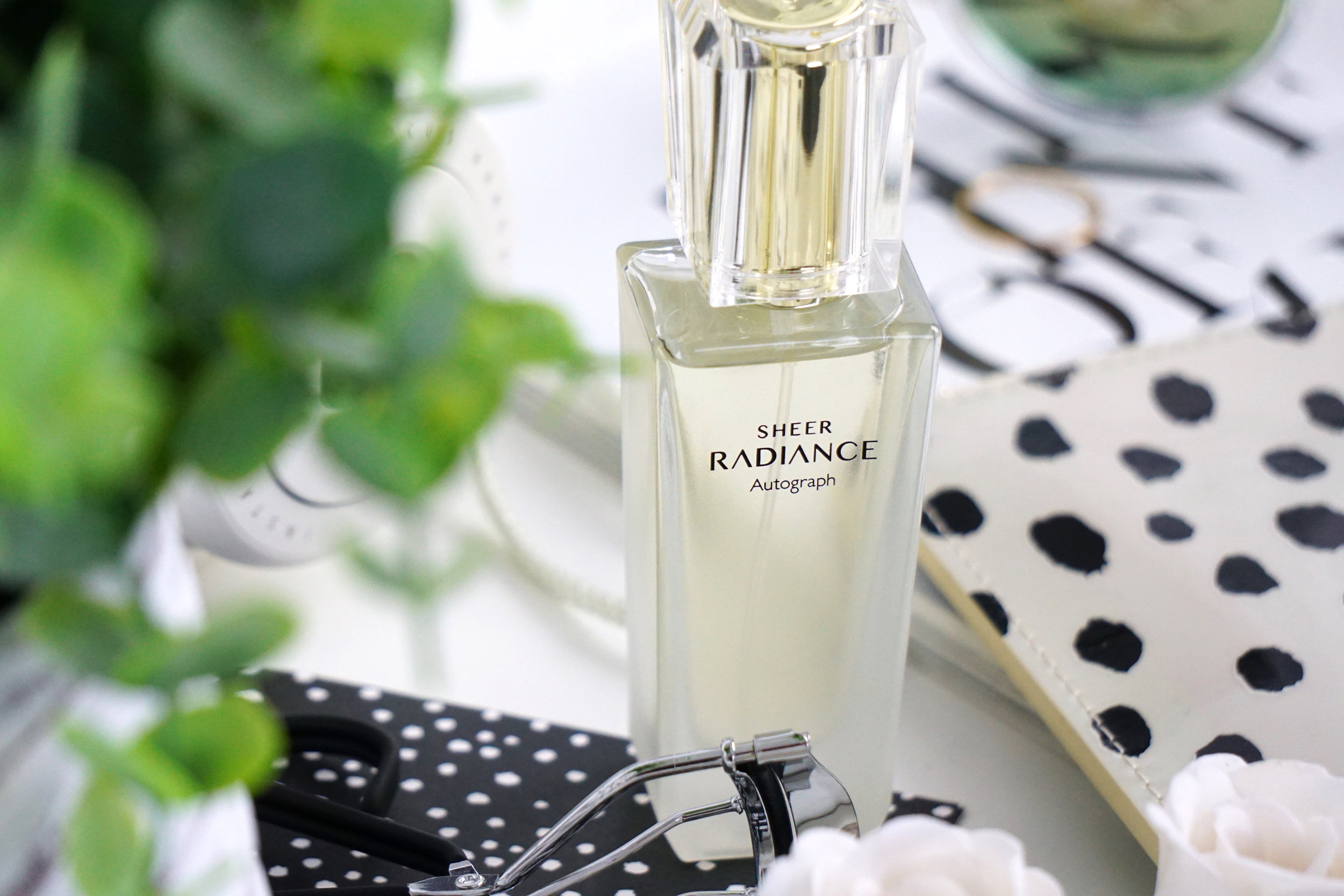 AutographSheer Radiance Fragrance - This is such a delicate, fruity fragrance with a hint of floral and I absolutely love it. I think it's ideal for Summer as it's not at all overpowering so you can just do away with a light spritz and it's more than enough without smelling like you've just walked through a meadow (although, that doesn't exactly sound like the worst thing ever does it!)