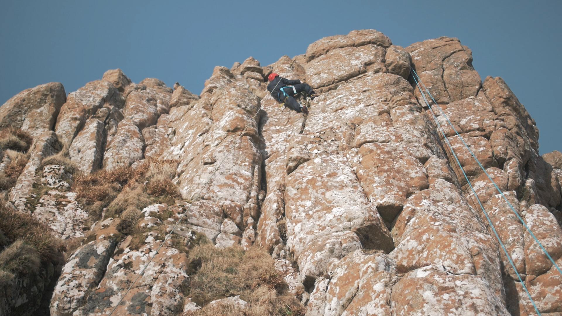 Climbing 4.jpg
