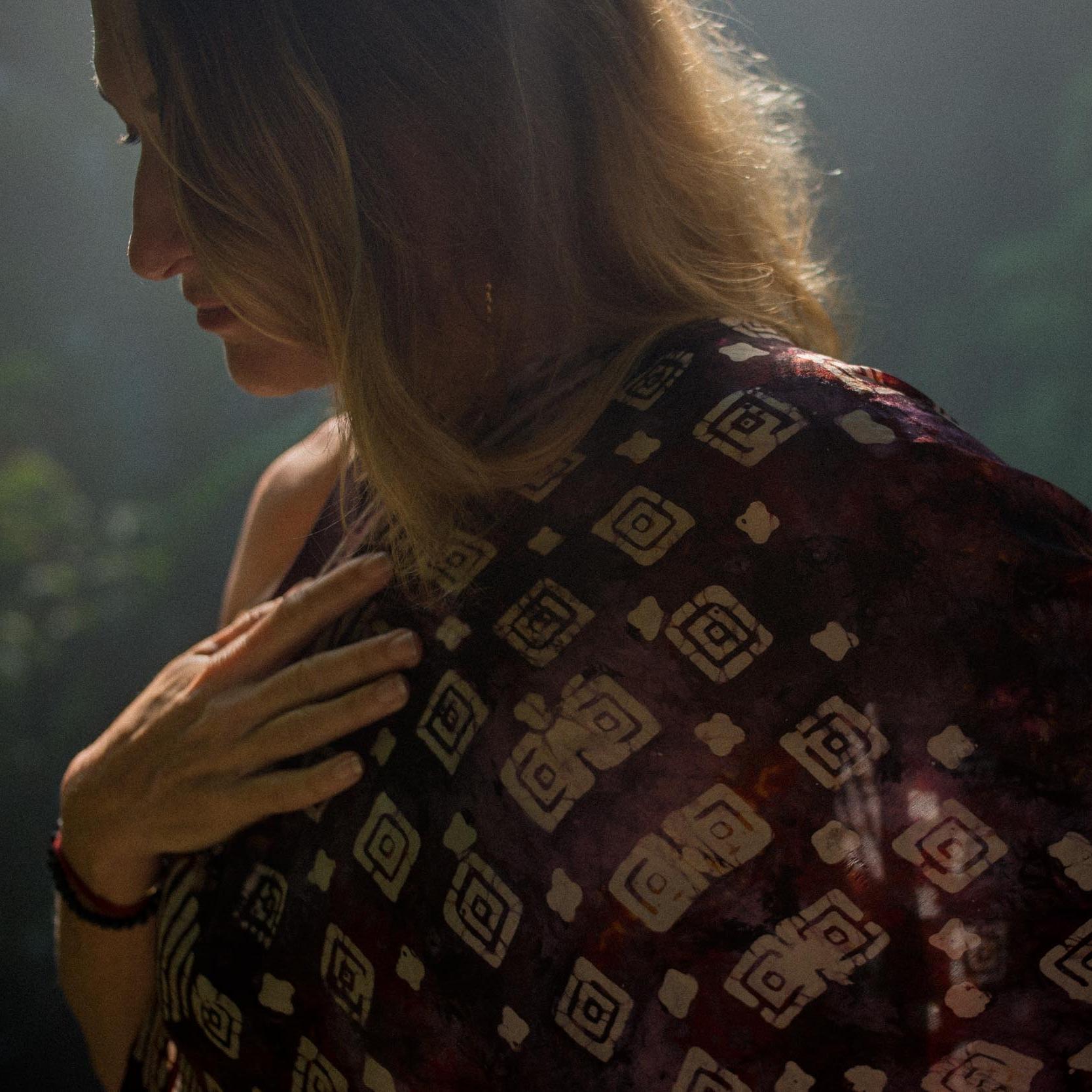 ©PeteLongworth-JanetStoneBali-Preview-1.jpg