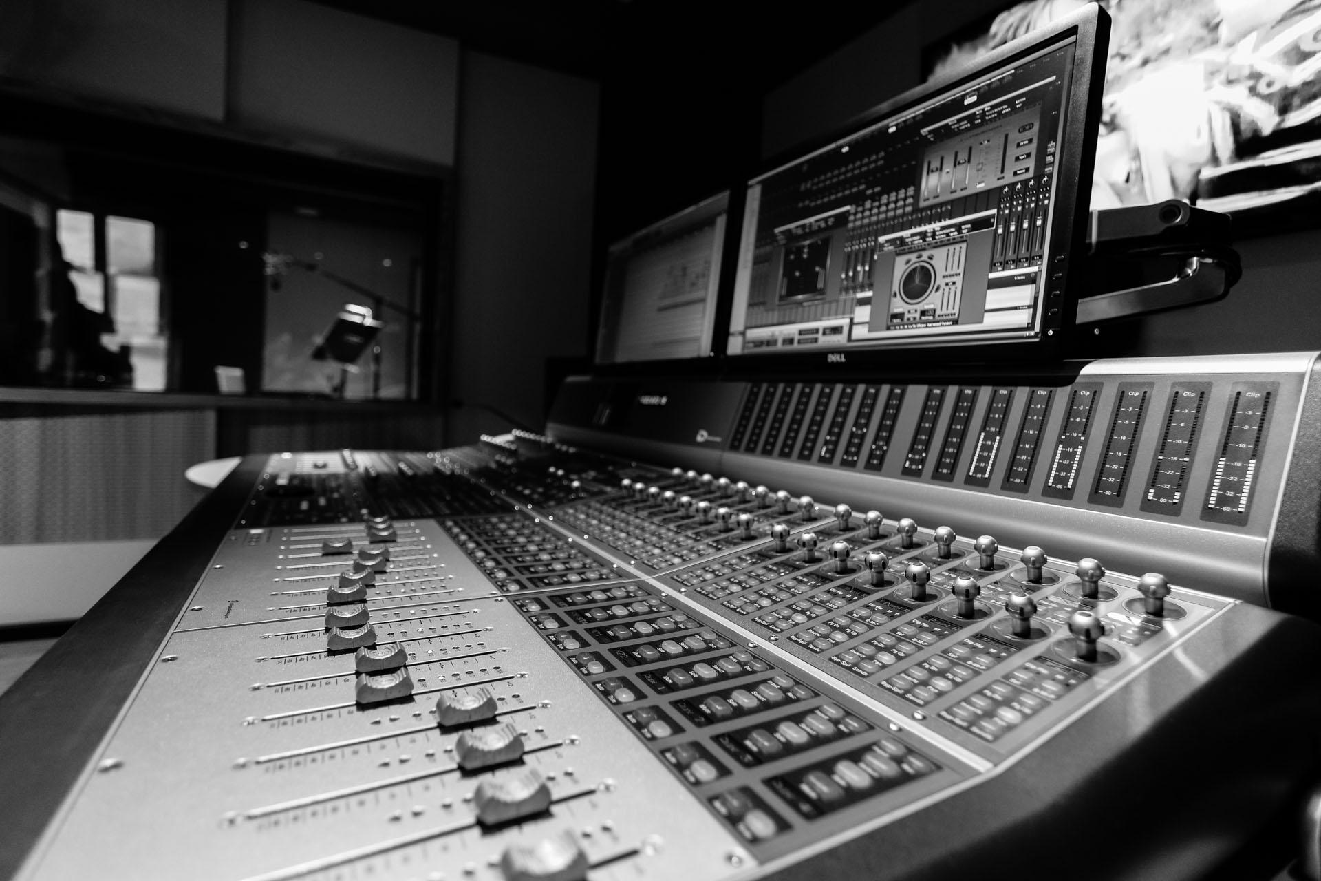 Recording Post production Berlin www.postproductionberlin.com