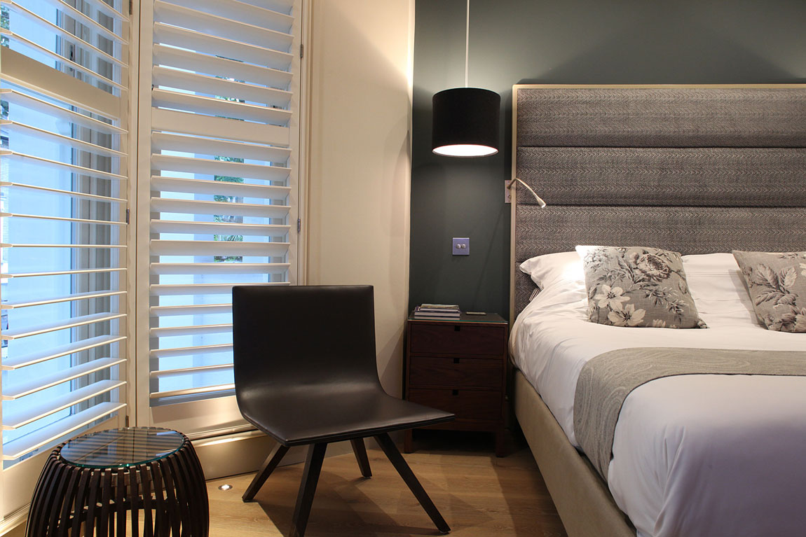 Boutique B&B King-bedded ensuite room London