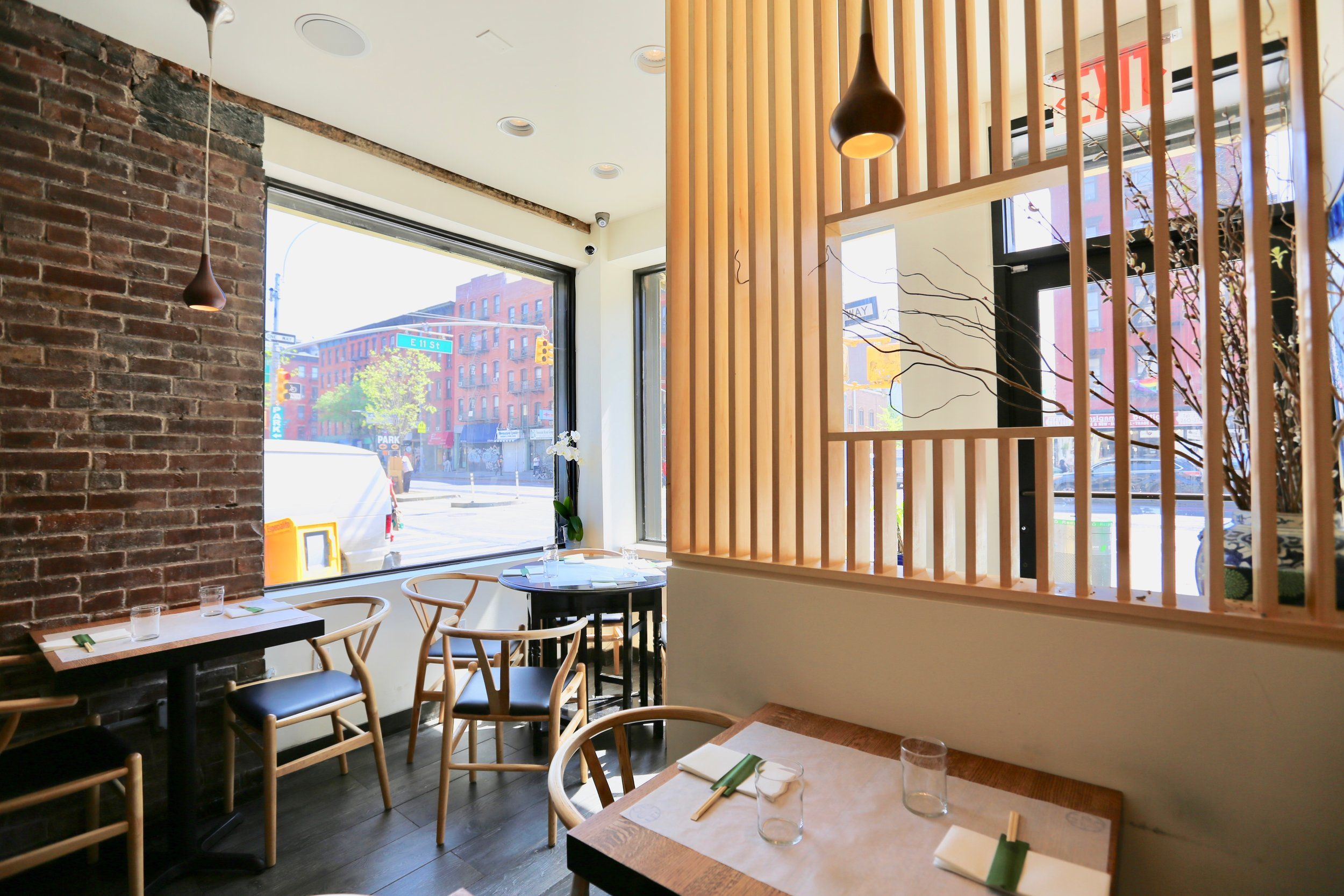 little tong noodle shop interior 1.jpg