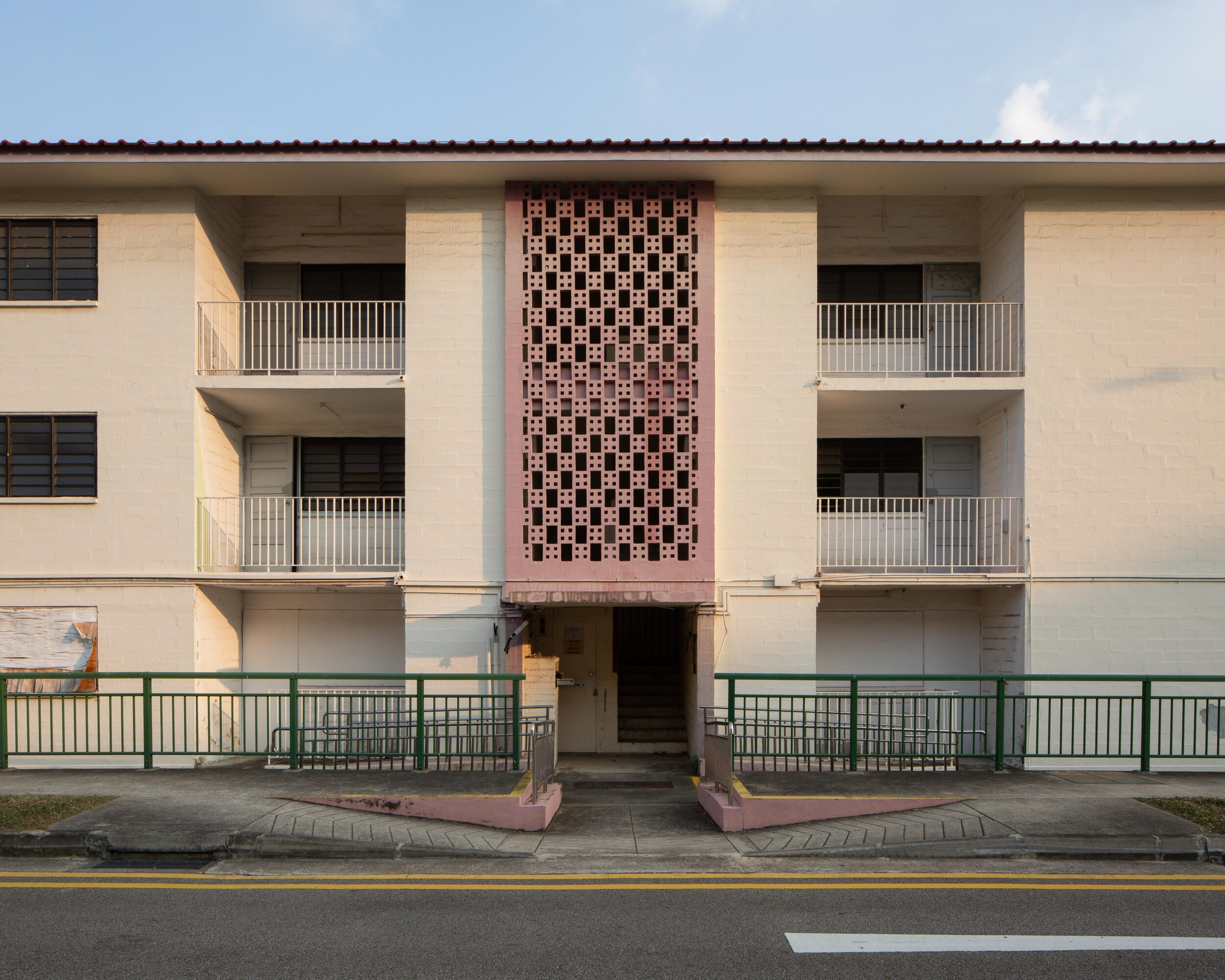 The decorative geometric patterns achieved through simple brick laying