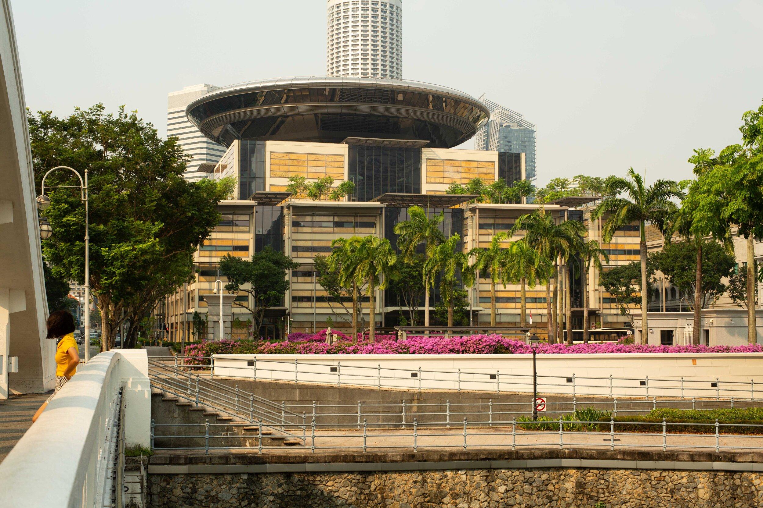 The Singapore Supreme Court, image taken from the Elgin Bridge