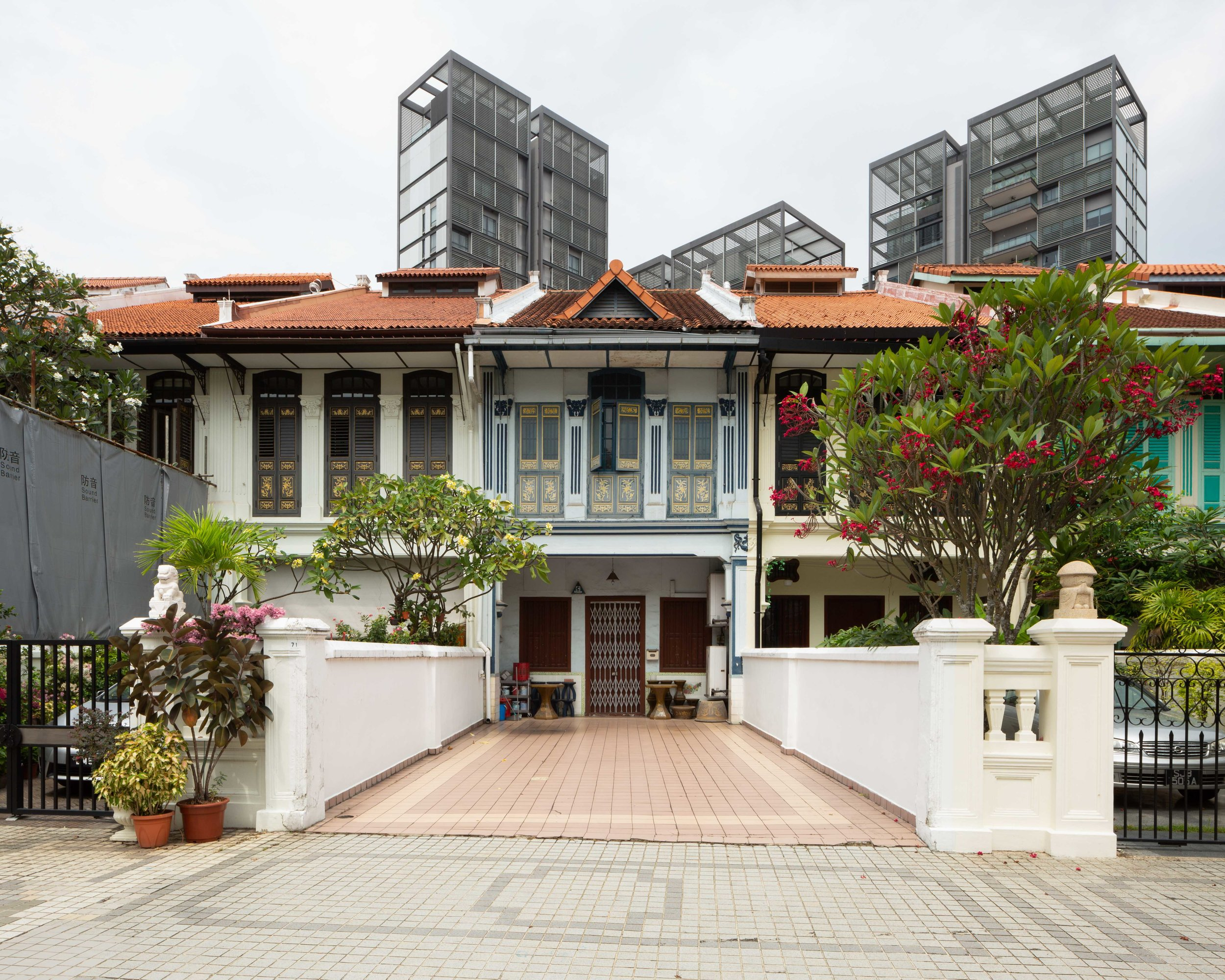 Highly westernized shophouse along Emerald Hill, designed by R.T. Rajoo and developed by Low Koon Yee in 1925