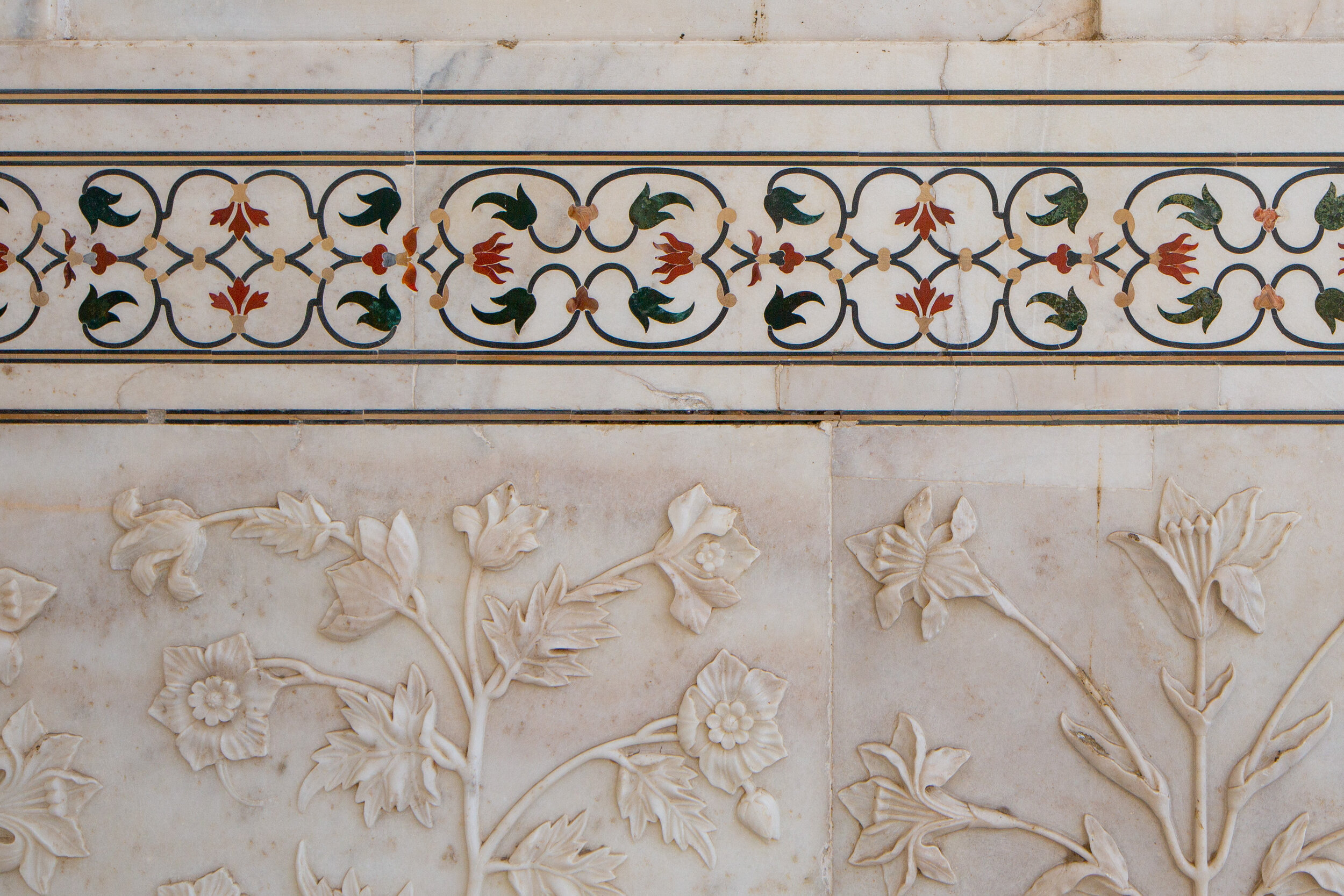 Detail of the inlaid marble of the Taj Mahal