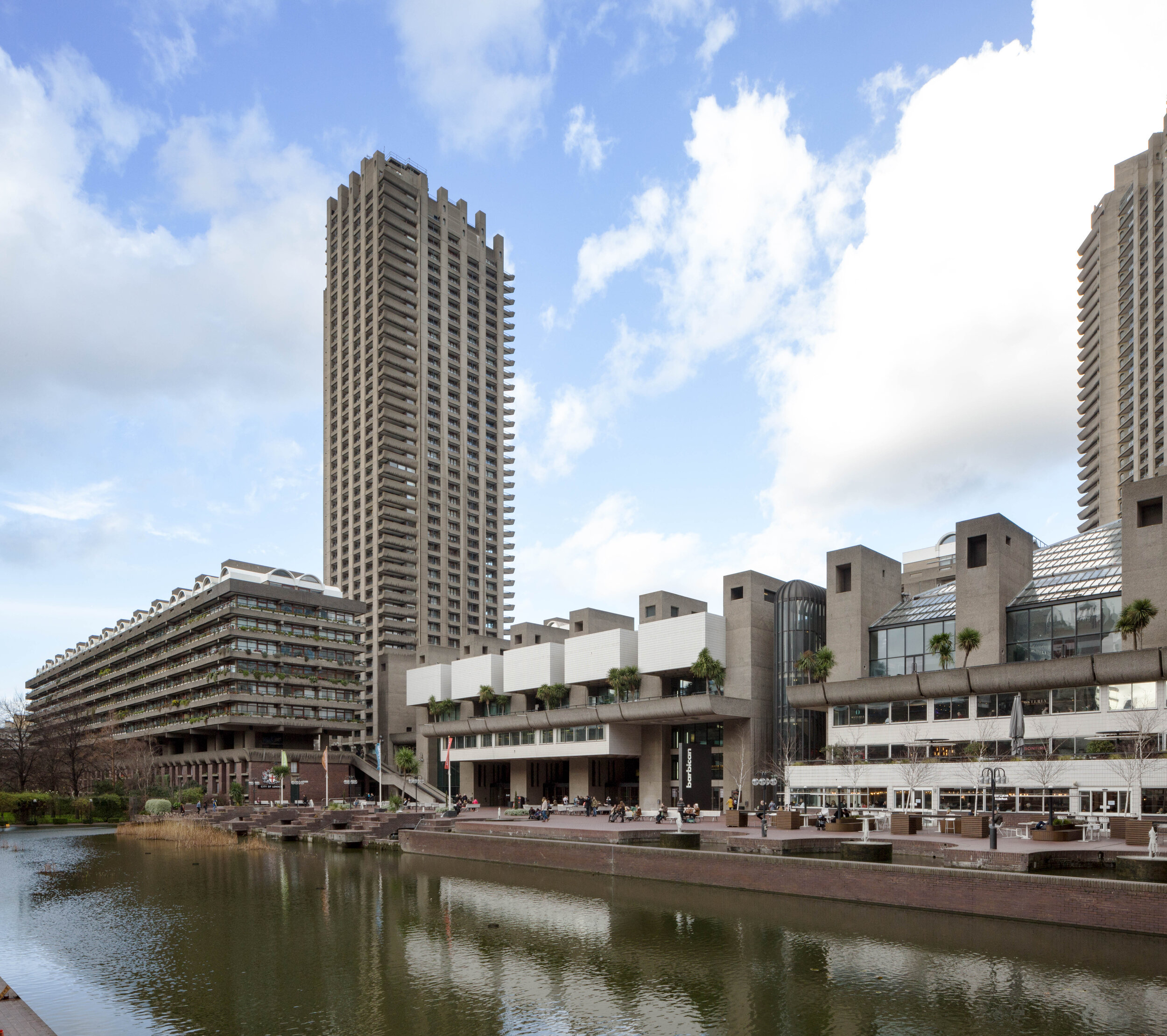 The Barbican Center 180125 317.jpg
