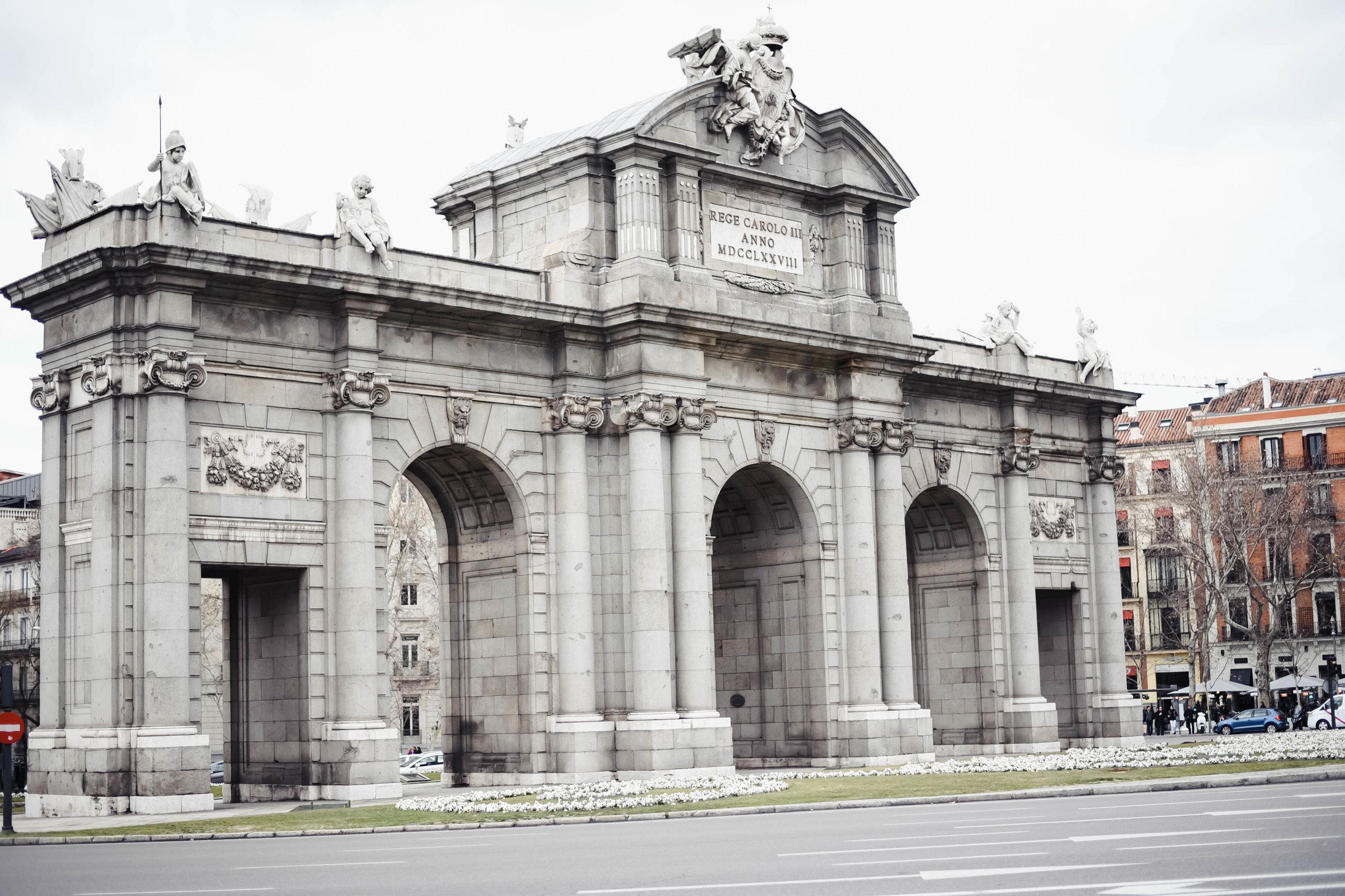 Puerta de Alcalá, Madrid, Spain © 2018 Nidia Serrano