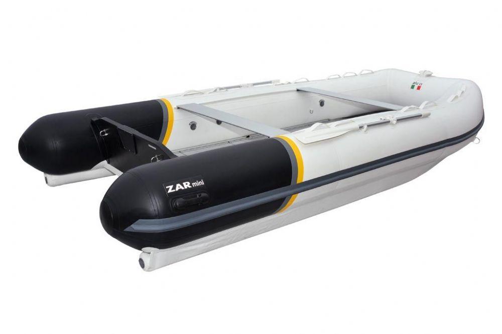 ALU 15 - SPECIFICATIONSLength: 460 cmBeam: 216 cmNº Passangers: 10Maximum Power: 40 hp