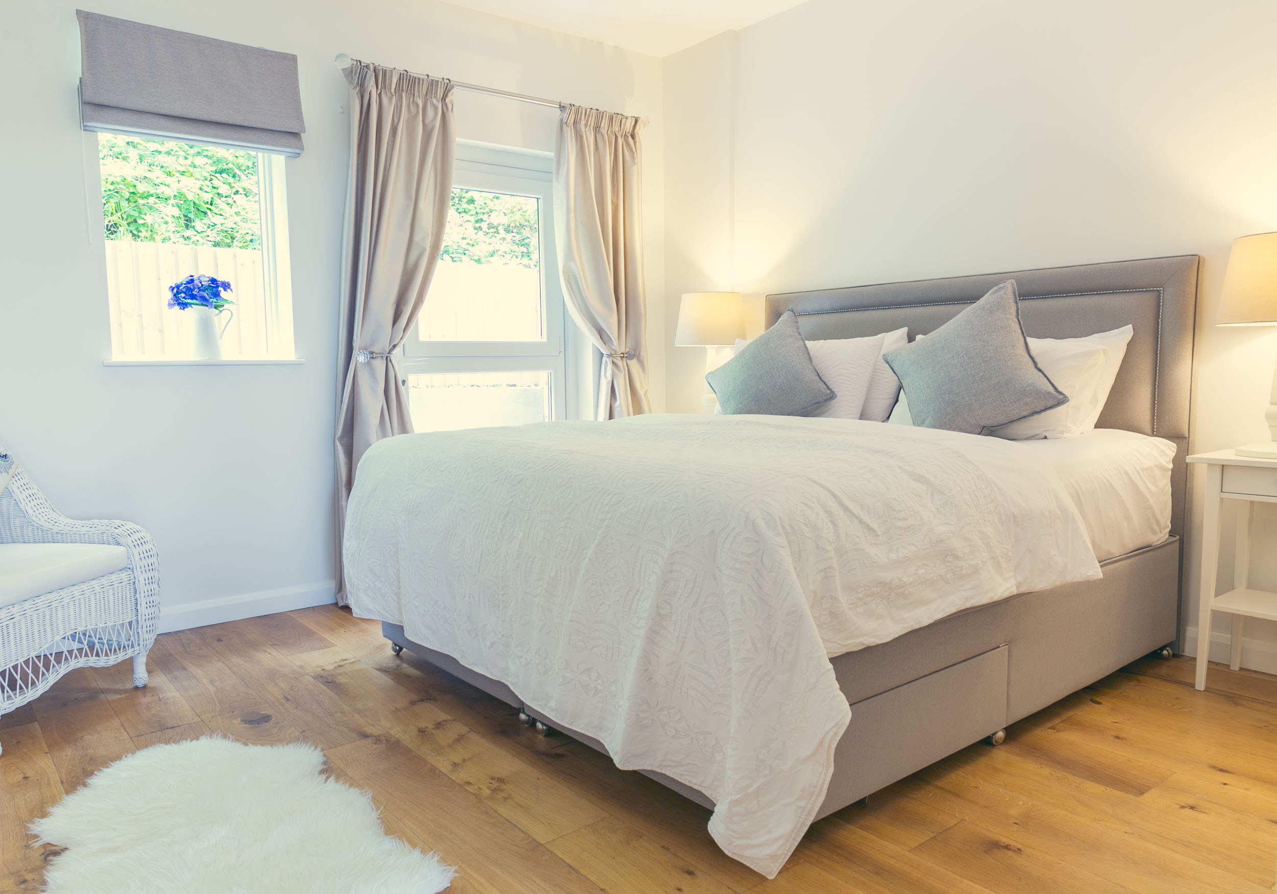 Bayview-oxwich-luxury-holiday-rental-apartment