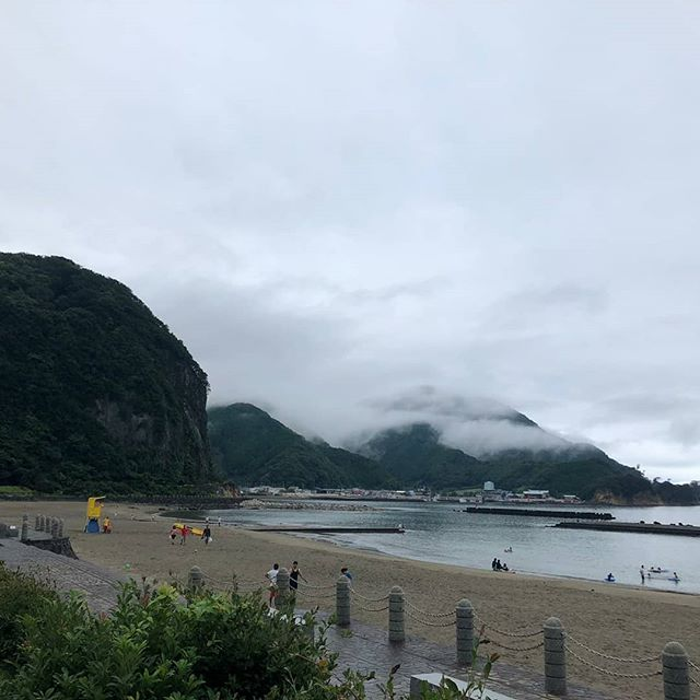 Rany season 2019 channeling south East Asian splendour! Wake up jump out your tent and dive in, with misty forests and volcanic cliffs all around. #rainyseason #cloudy #letsgoswimming #swimming #swimminginjapan #coldwater #volcanic #izu #japan #neverstopexploring #jumpin #getwet #iloveswimming #july #marineday #holidays #goodtimes #yes #rainy #rainydayswim #alrightythen is this #malaysia ? #southeastasia !