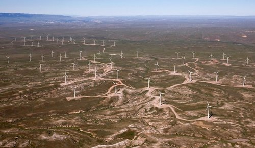 top-of-the-world-windfarm-1+-+Cropped.jpg