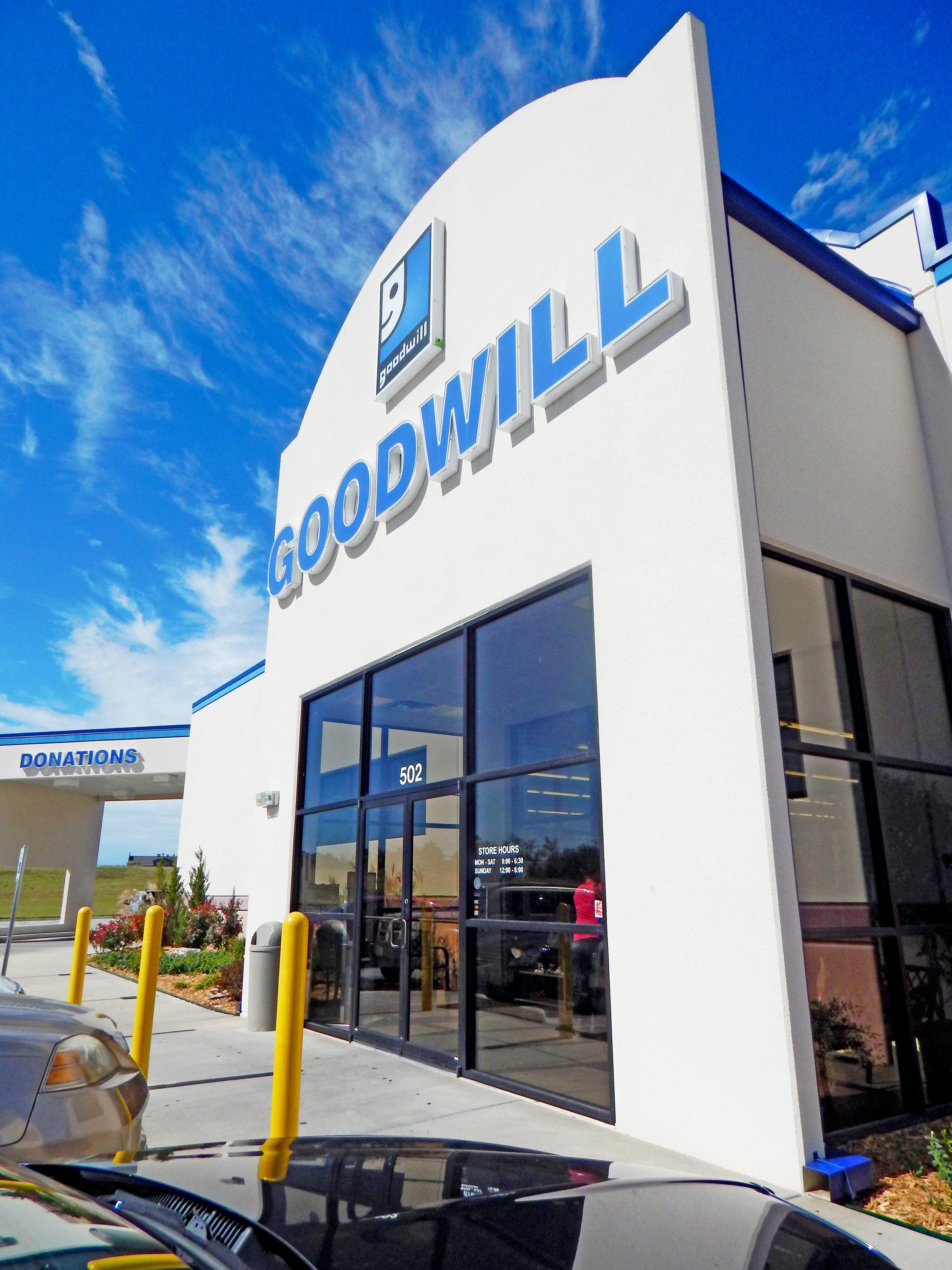 Goodwill-Glenpool-3.jpg