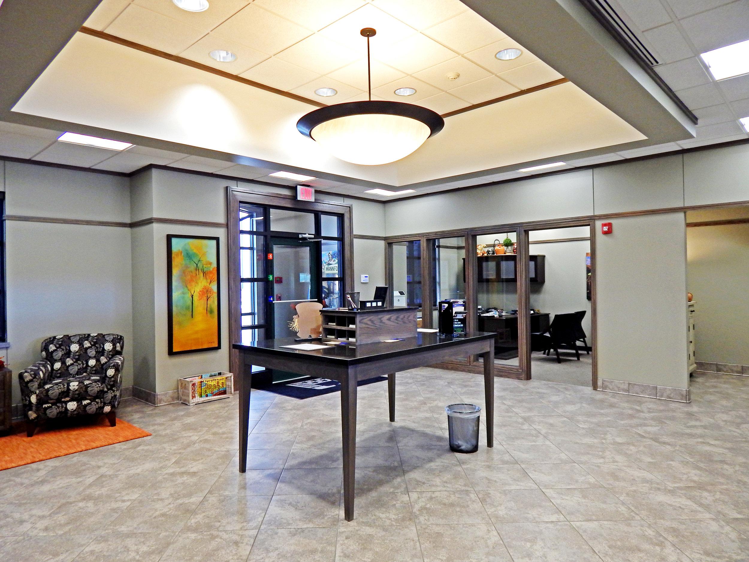 American Heritage Bank_Interior Lobby.jpg
