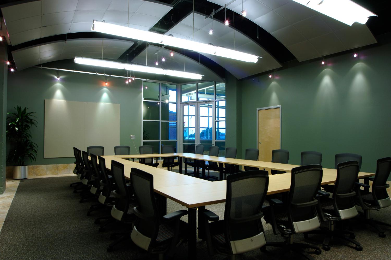 kmo-office-6.jpg