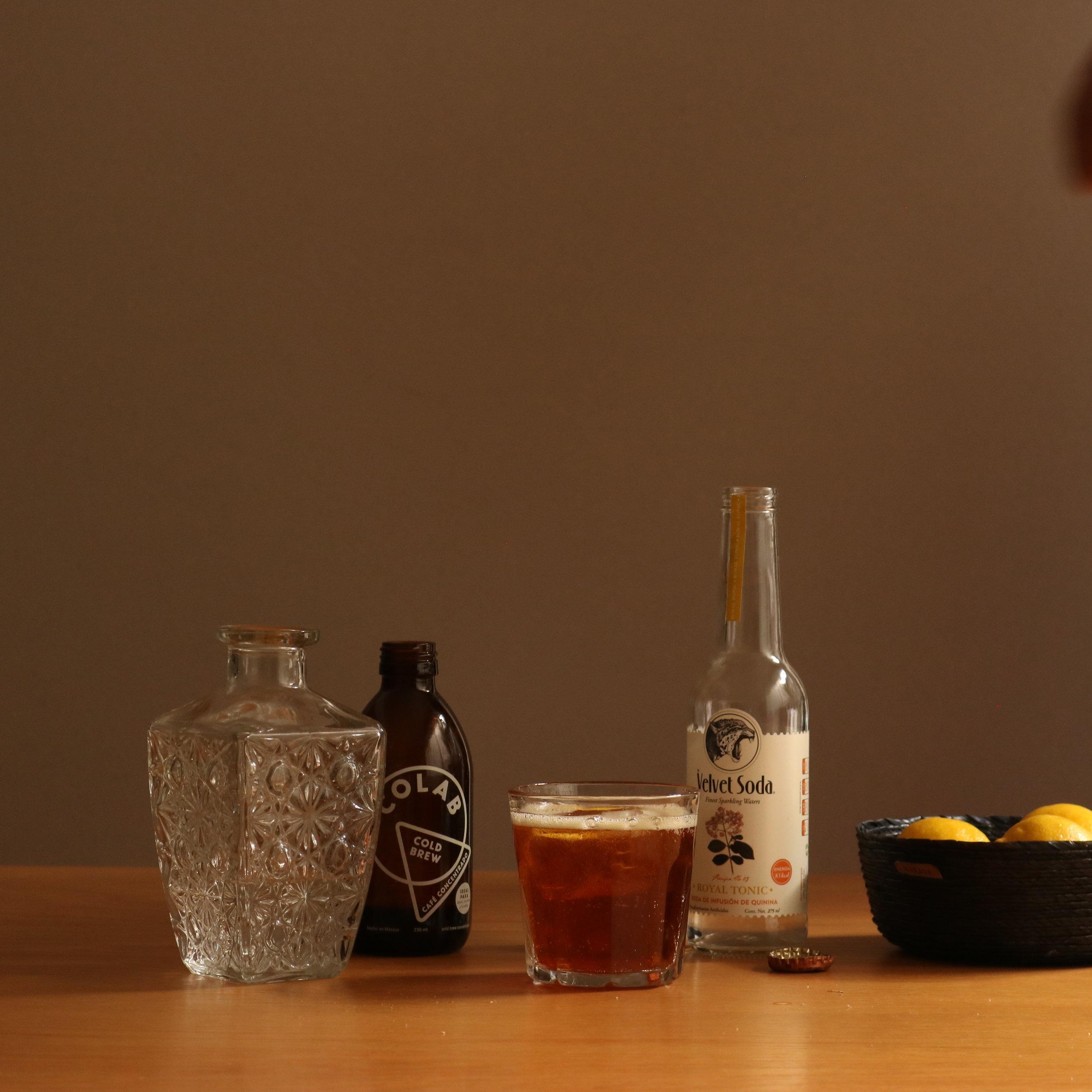 colab cold brew turbo gin & tonic, cold brew cocktail recipe, receta