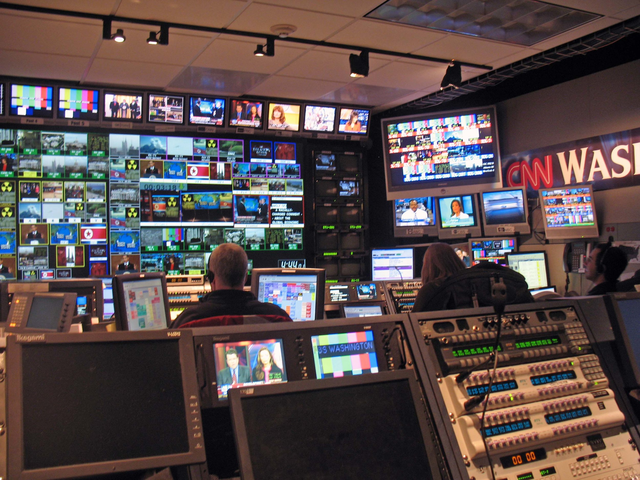 CNN control room during Wolf Blitzer's The Situation Room. By  Michael Newman , licensed under    CC BY-NC-ND 2.0