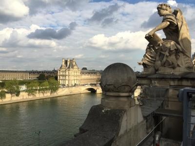 Musee d orsay on seine.JPG