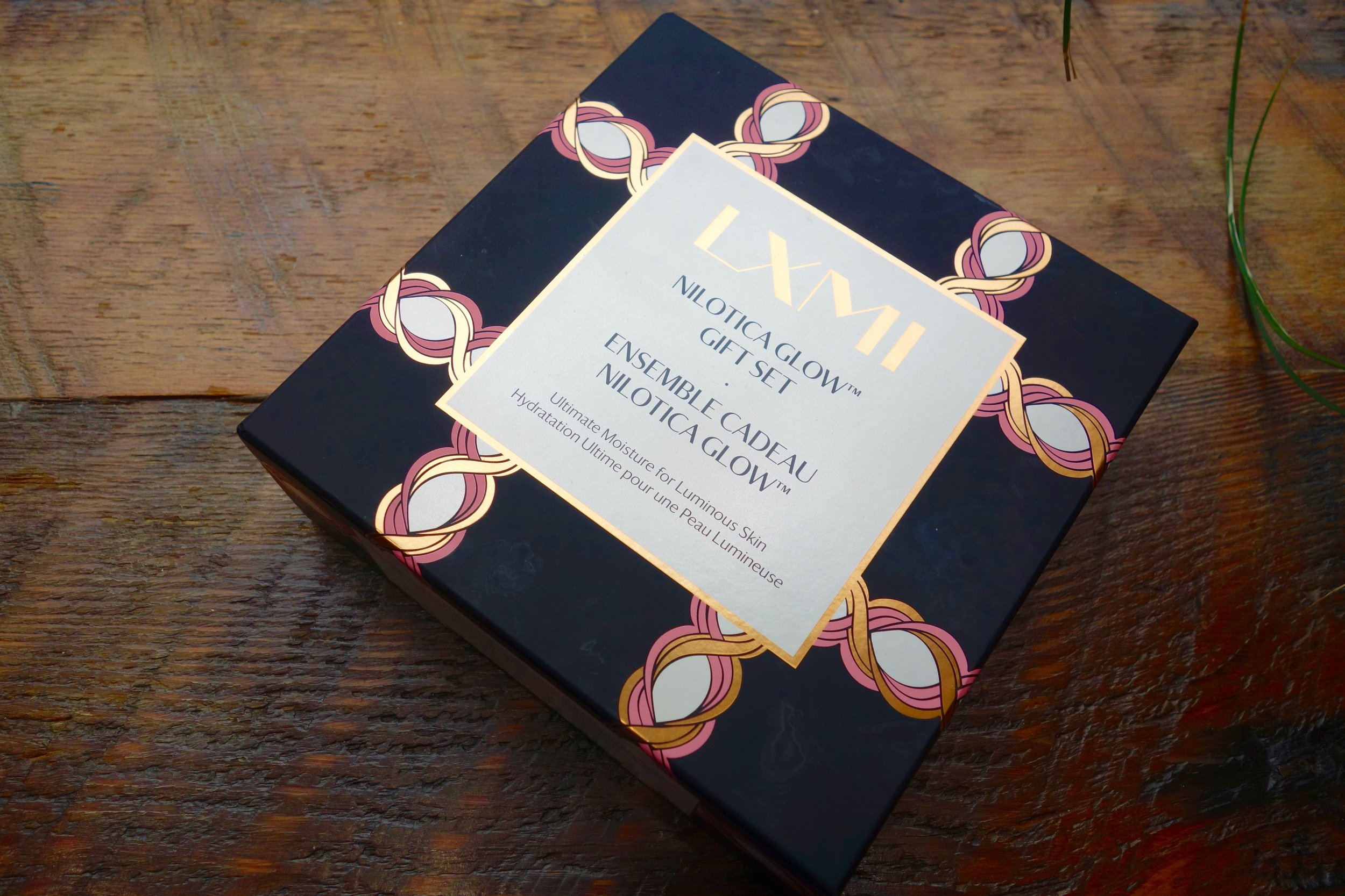 The gift set box glows in the sunlight. Imagine what this does to your skin ;). Image via  @lovethealchemist .