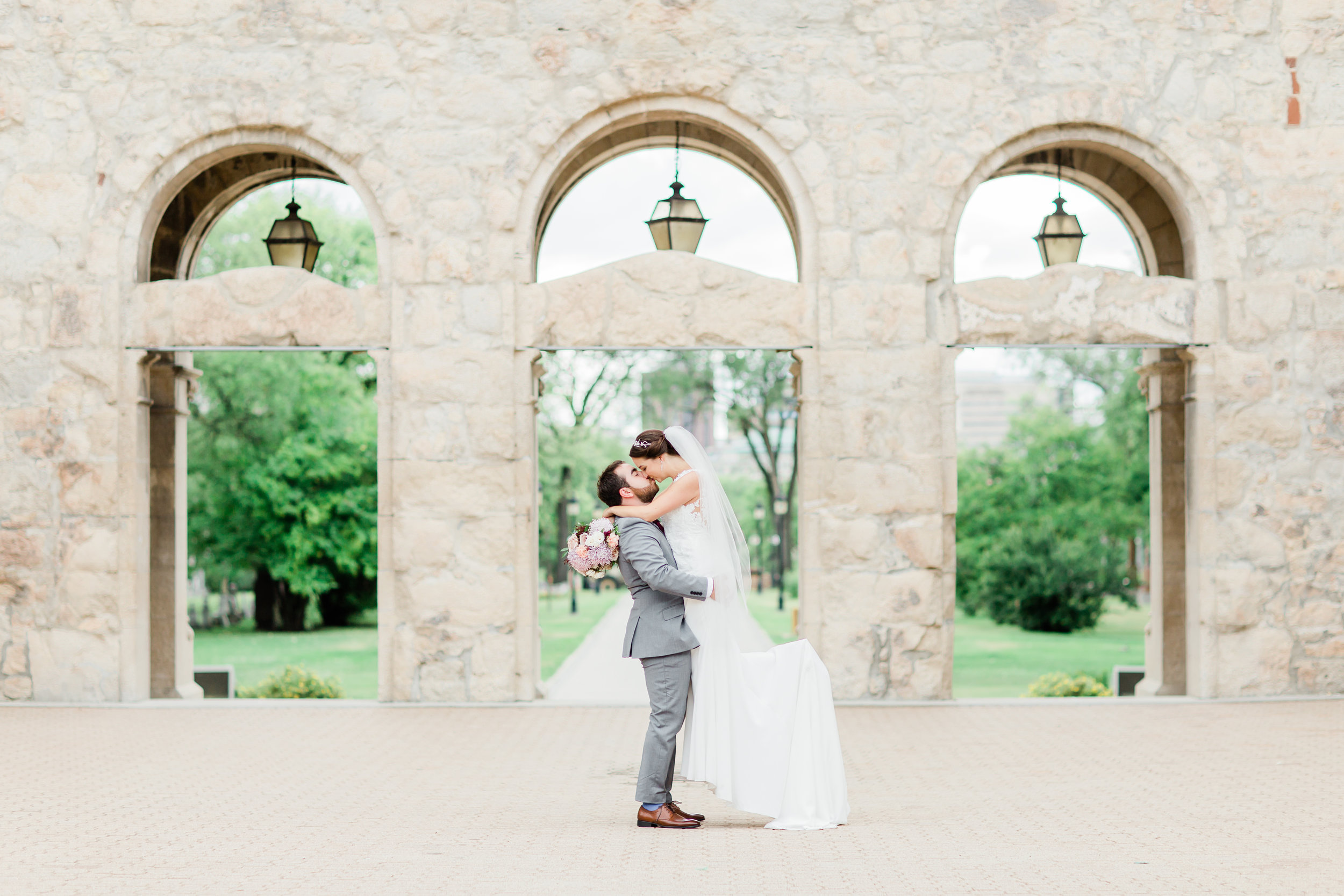 Marta & Alex's Beautiful Fort Garry Wedding