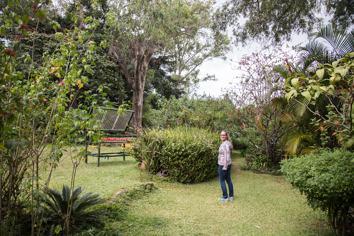 The Zomba Forest Lodge is positioned most of the way up the plateau, with incredible views. With no electricity, the lodge is lit at night mostly by oil lanterns and candles, and solar lights in the bedrooms.