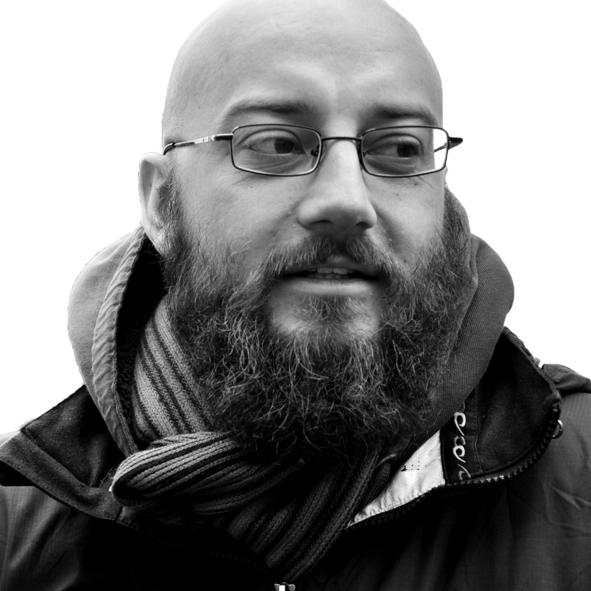 Yuri Barron - Writter and editor