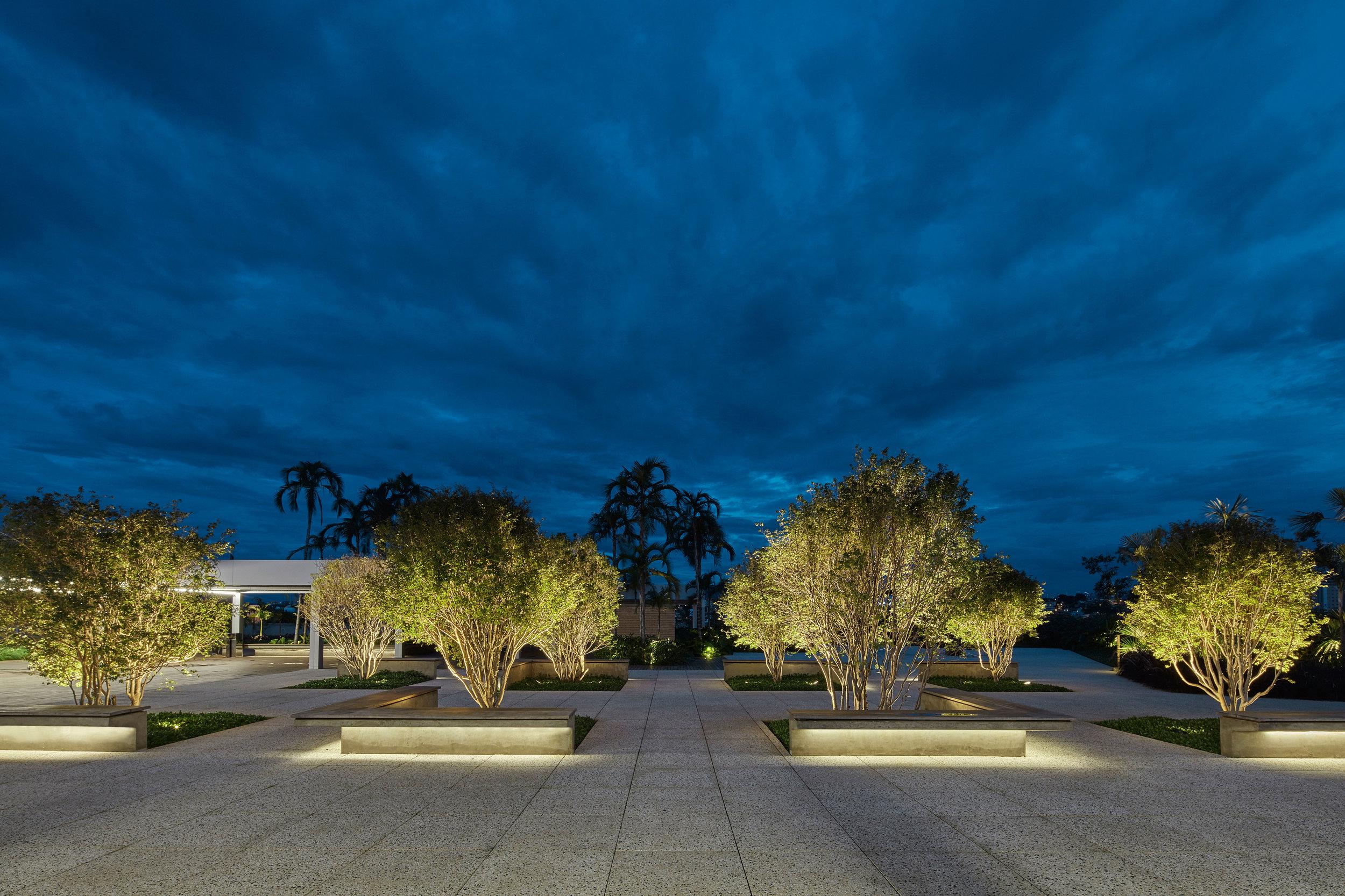LIGHTSOURCE_Localiza-Herz-Headquarters-BH-2018_Morence-Arquitetura_Mingrone-Iluminacao_04.jpg