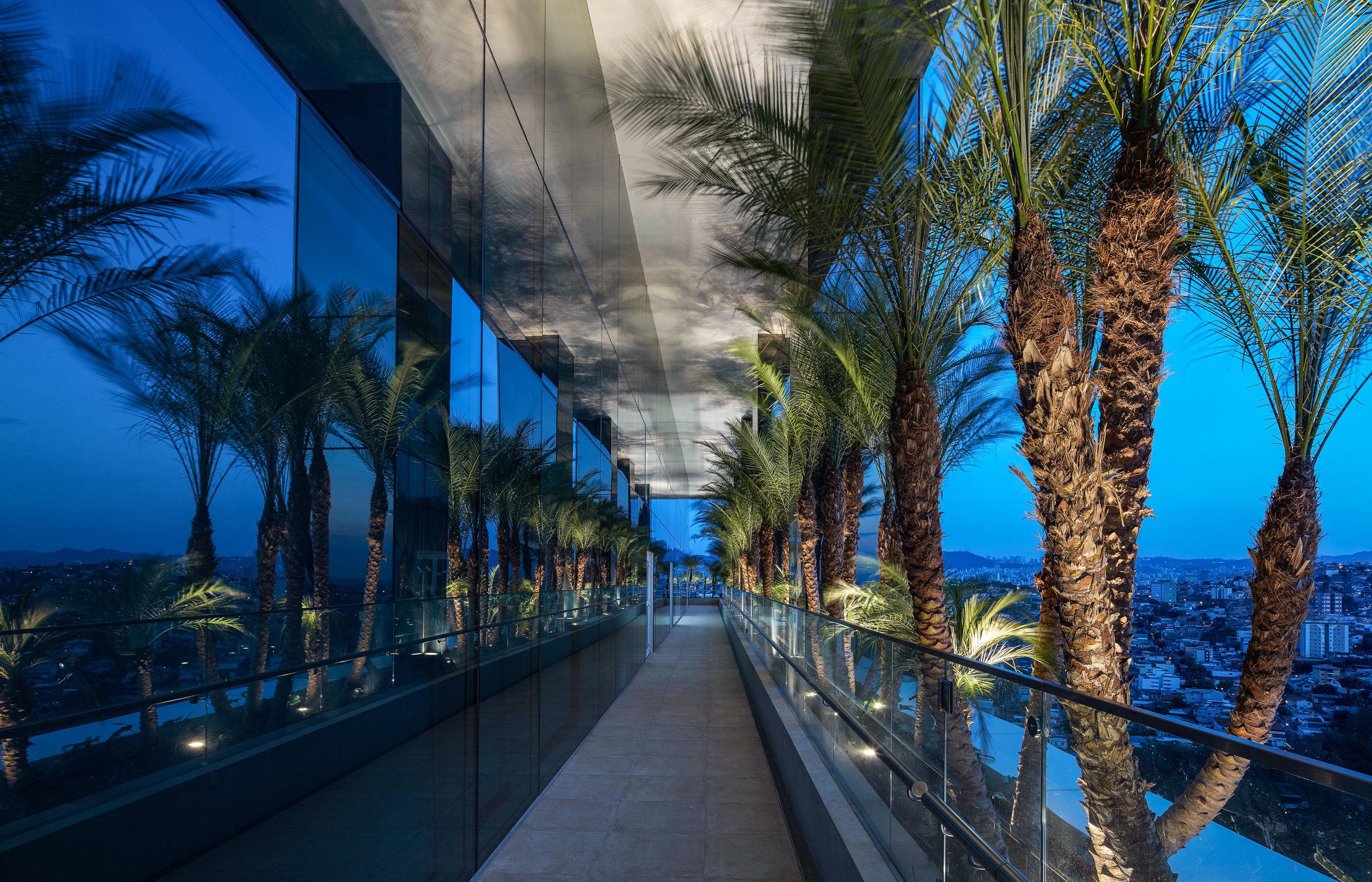 LIGHTSOURCE_Localiza-Herz-Headquarters-BH-2018_Morence-Arquitetura_Mingrone-Iluminacao_03.jpg