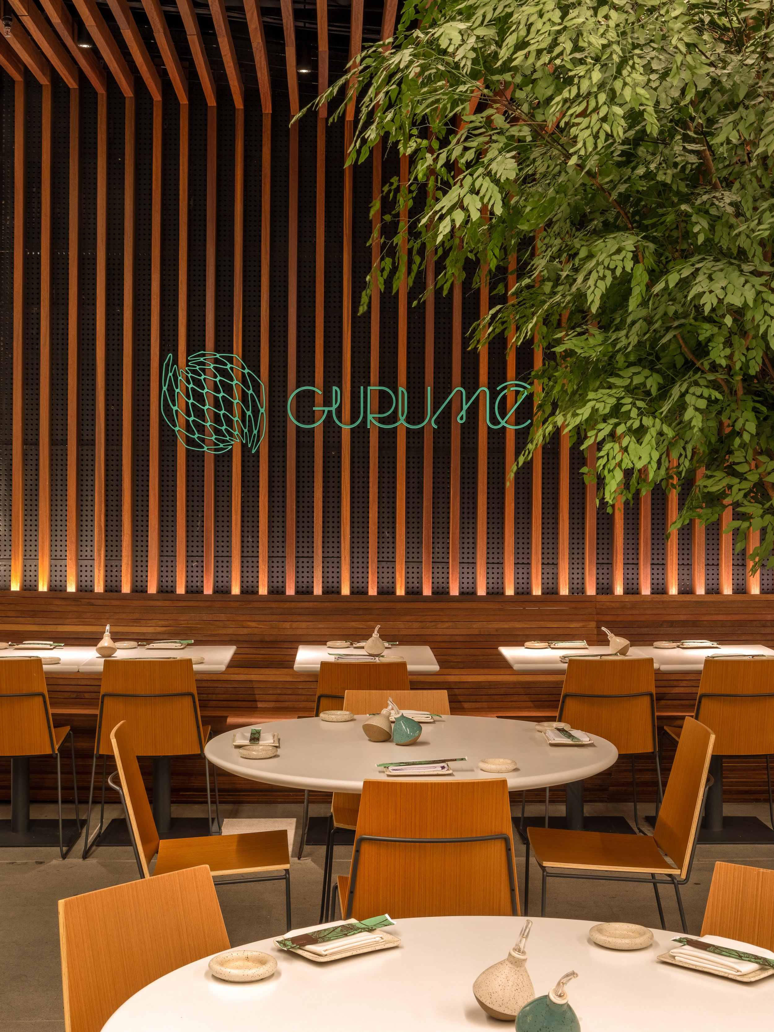 LIGHTSOURCE_Restaurante-Gurume-2019_Bernardes-Arquitetura_Studio-iluz_010.jpg