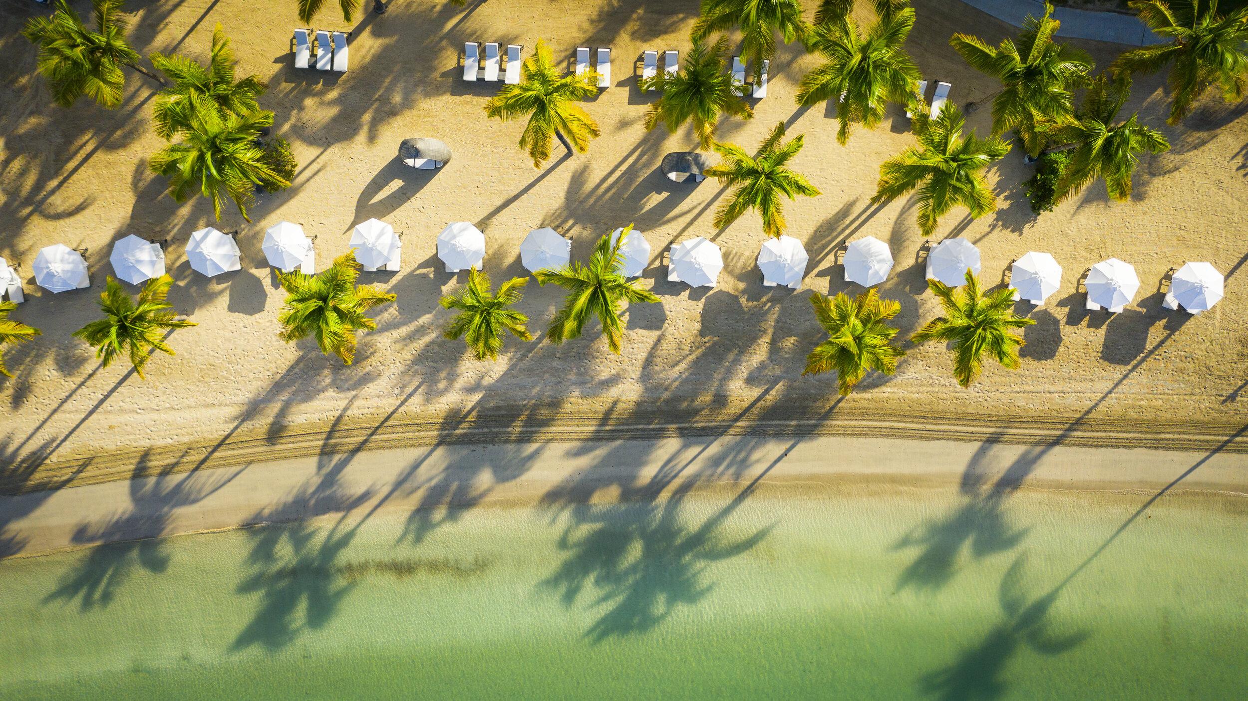 5.CarlisleBay-Selects-Beach.JPG