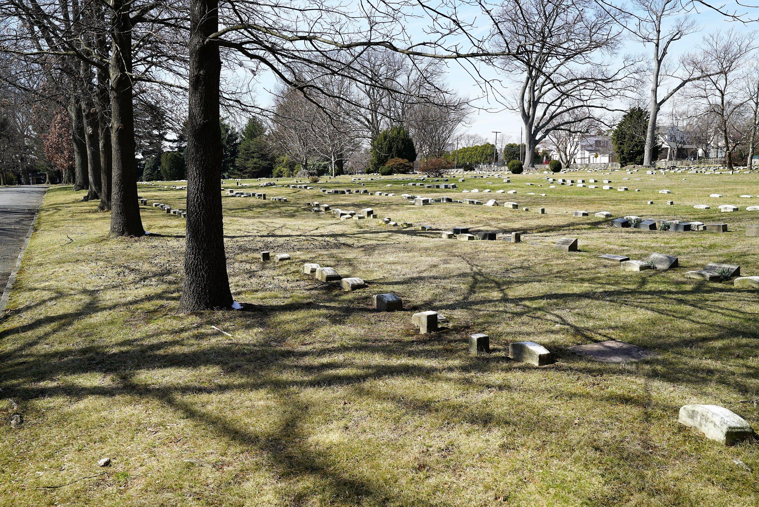 Photo: Friends Southwestern Burial Ground. Upper Darby, Pennsylvania.