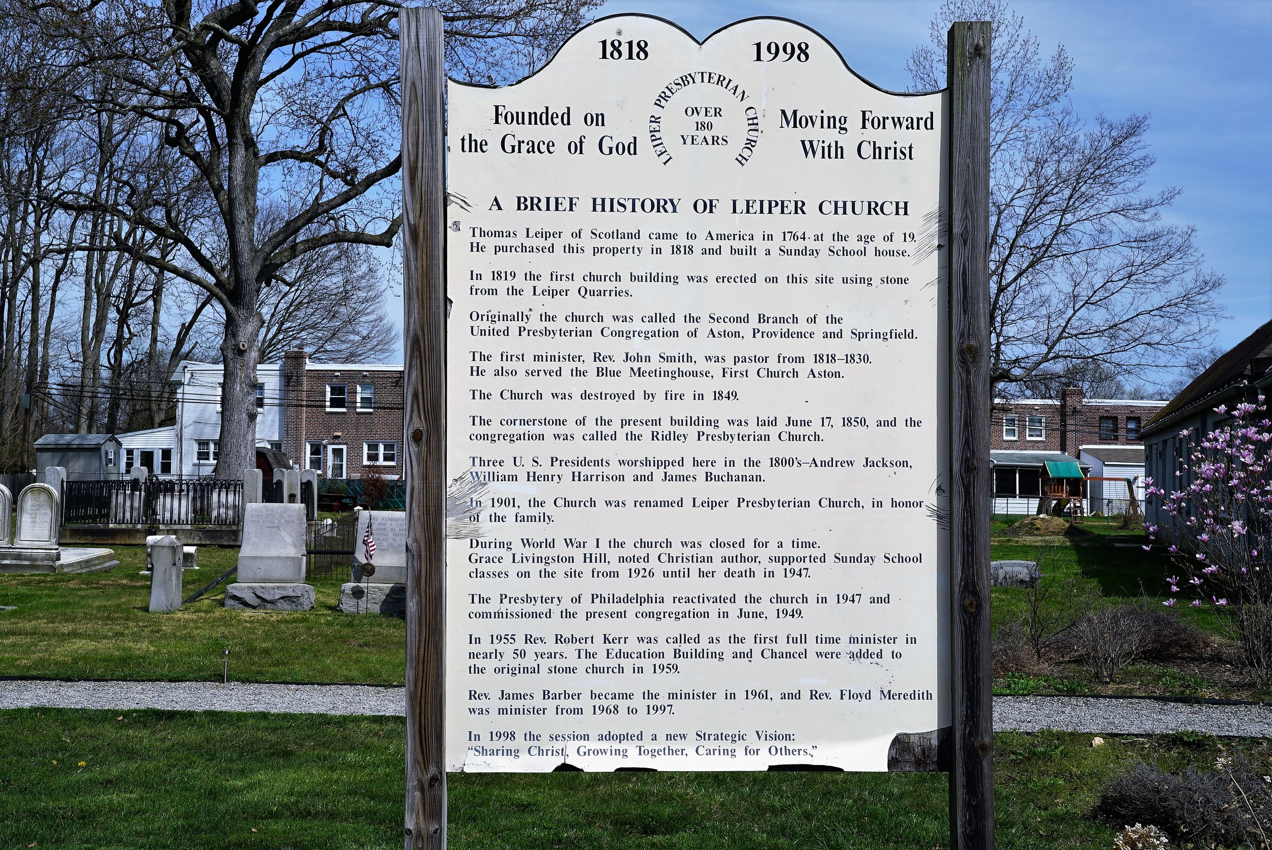 A sign just outside of the Leiper Presbyterian Church Cemetery explaining the history of the property.